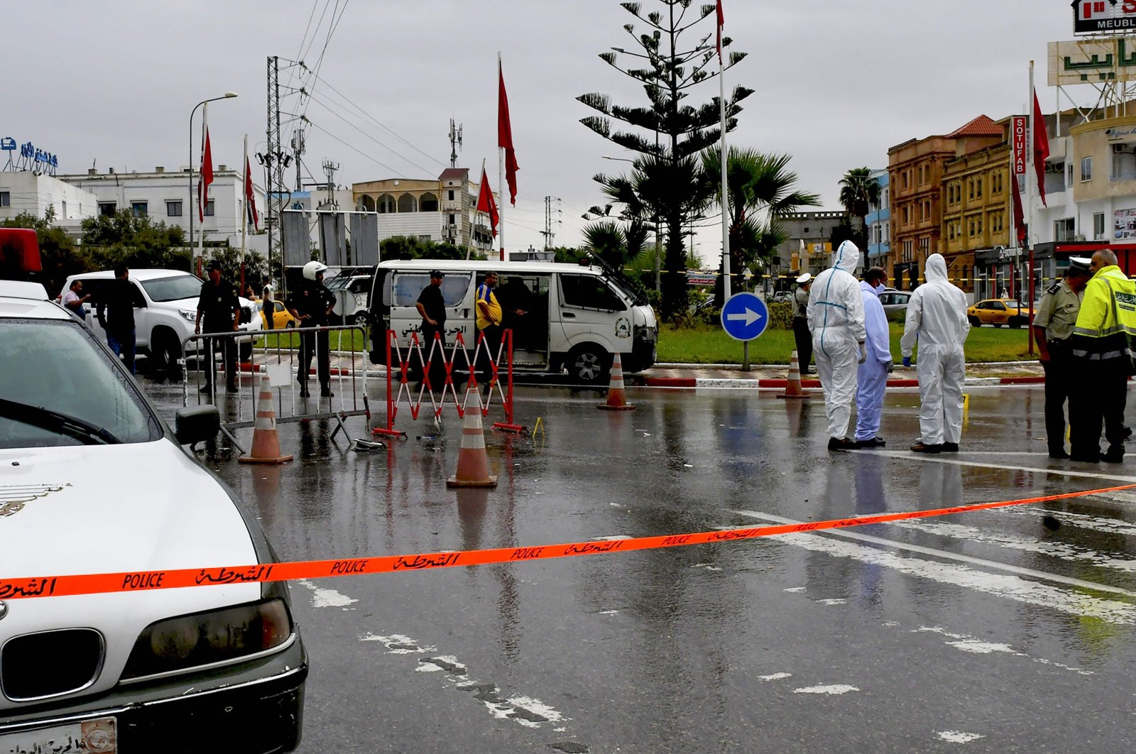 Tunisian forensic police investigate the site of an attack on Tunisian National Guard officers in Sousse, south of the capital Tunis, Sept. 6, 2020. (AFP Photo)