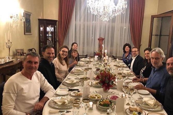 World-famous tenor Andrea Bocelli along with his family and his team was hosted at a dinner at the official residence of the Turkish Embassy in Prague, Sept. 9, 2020. (Official Instagram account of Turkish Embassy in Prague)