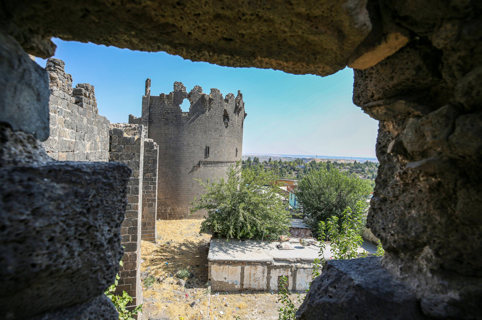 A view of the city walls in Diyarbakır, southeastern Turkey, Sept. 9, 2020. (AA PHOTO)