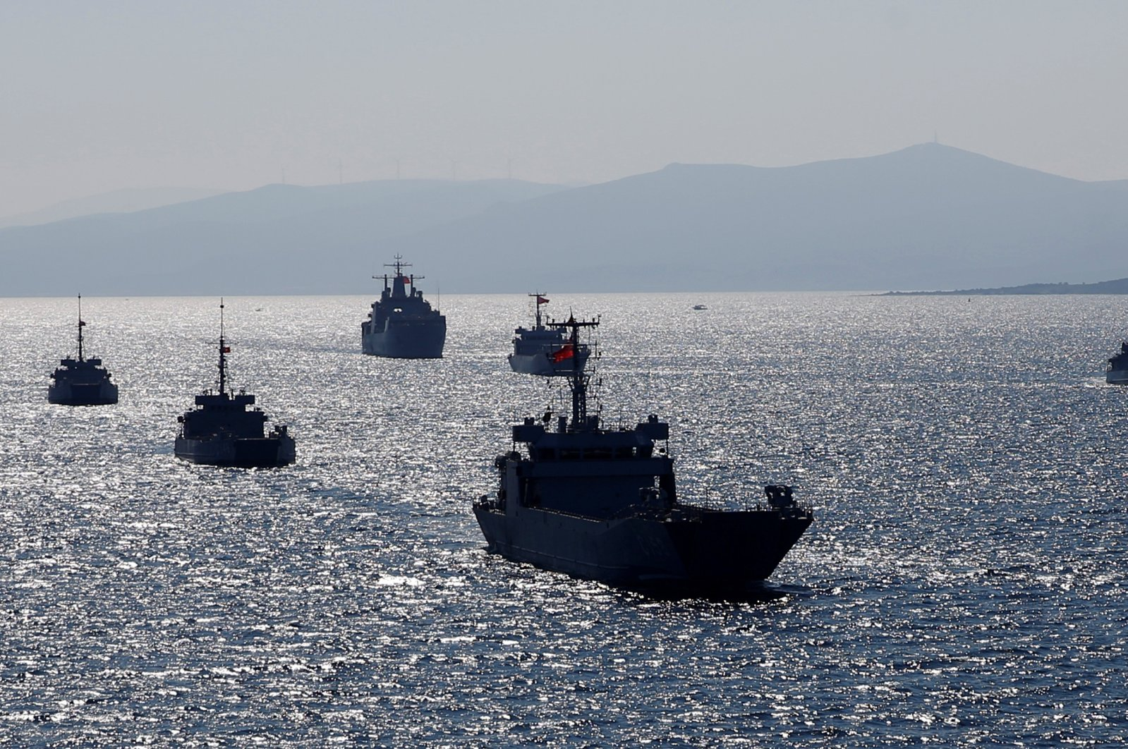 Turkish naval ships take part in a landing drill during the Blue Homeland naval exercise off the Aegean coastal town of Foça in Izmir Bay, western Turkey, March 5, 2019. (Reuters Photo)