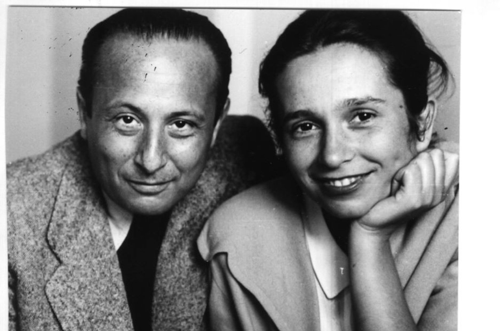 Pianist Wladyslaw Szpilman (L) and his wife Halina Szpilman are seen in this photo provided on June 3, 2020. (IHA Photo)