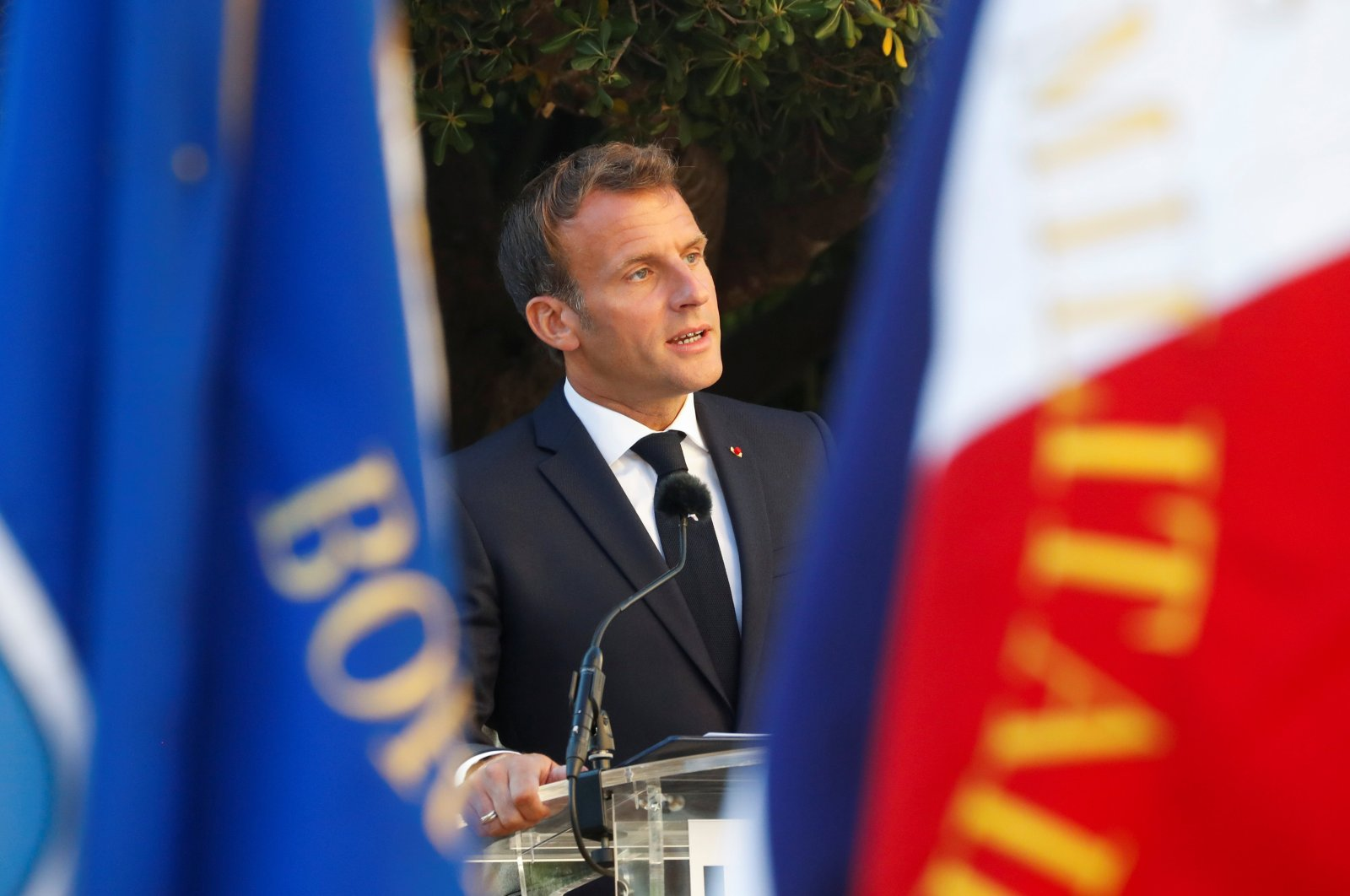 French President Emmanuel Macron delivers a speech during a ceremony marking the 76th anniversary of the Allied landings in Provence in World War II which helped liberate southern France, in Bormes-les-Mimosas, France, Aug. 17, 2020. (Reuters Photo)