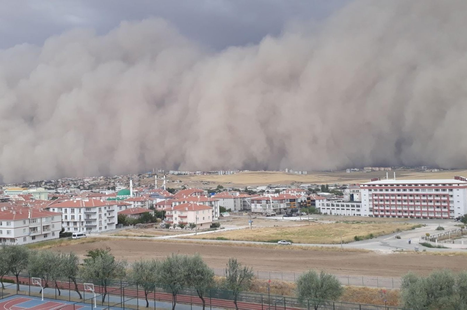 Huge dust clouds can be seen in Ankara's Polatlı district, Sept. 12, 2020. (DHA Photo)
