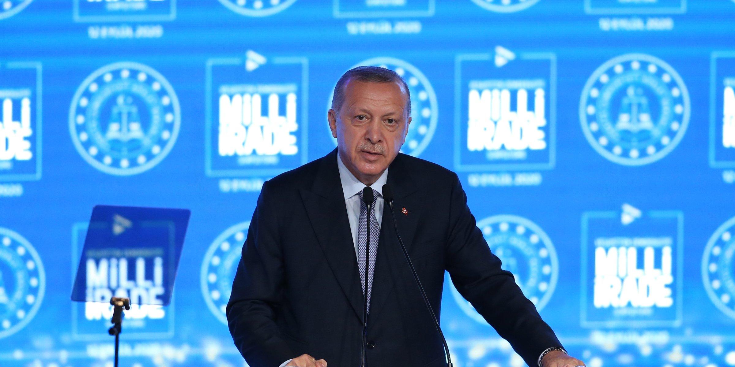 Credit agencies' ratings 'worthless,' Erdoğan says after Moody's downg... image