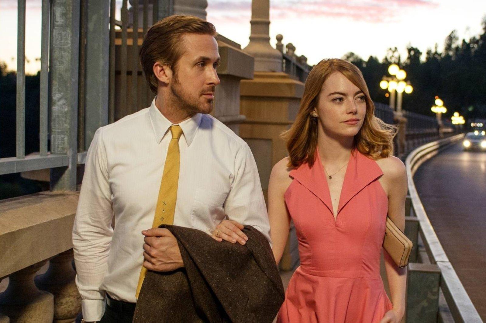 "Still shot shows Ryan Gosling (L) and Emma Watson in a scene from ""La La Land."""