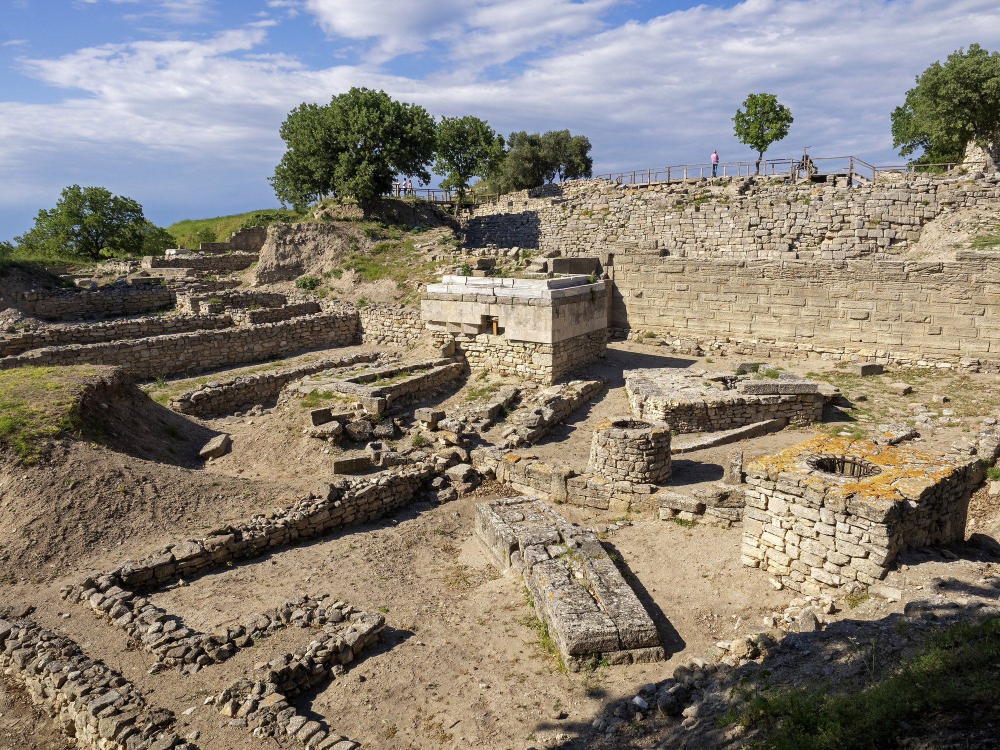 The ruins of the legendary city of Troy in Çanakkale province, western Turkey, May 6, 2017. (iStock Photo)