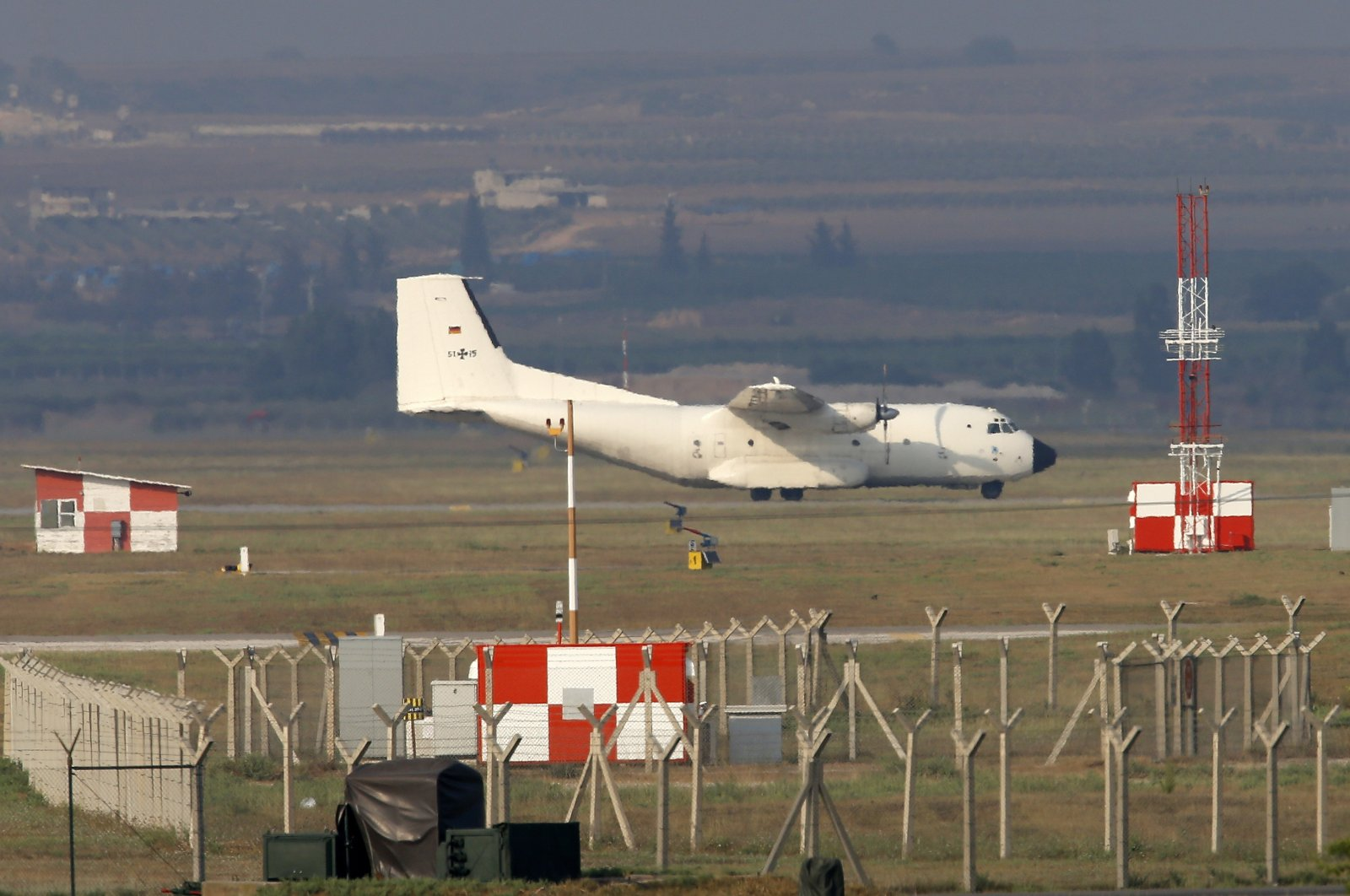 A German Air Force cargo plane maneuvers on the runway after it landed at Incirlik Air Base, on the outskirts of the city of Adana, southern Turkey, July 29, 2015. (AP File Photo)