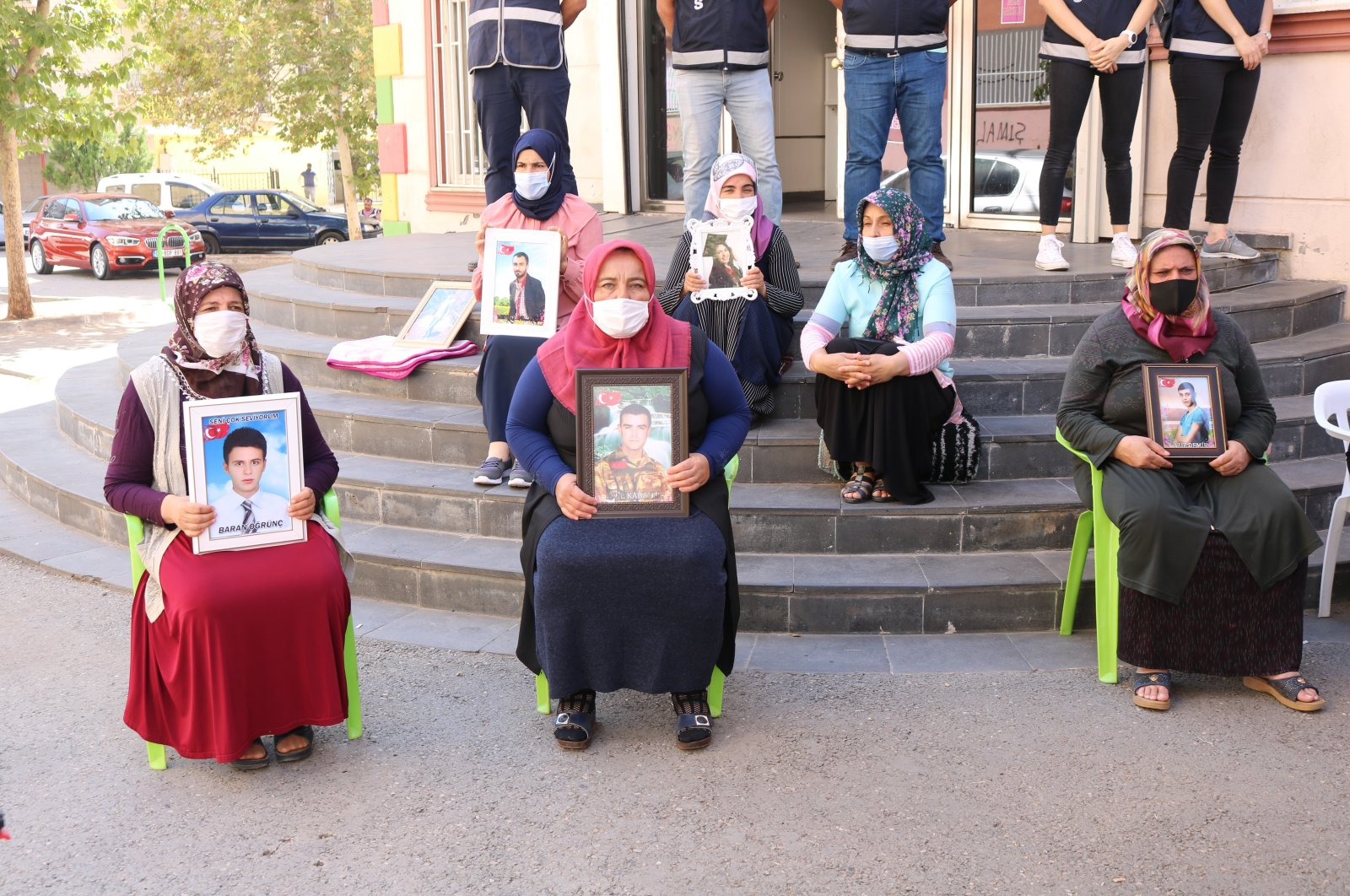 Families participate in the yearlong sit-in protest against the PKK terrorist group in front of the pro-PKK Peoples' Democratic Party's (HDP) headquarters in southeastern Turkey's Diyarbakır, Sept.16, 2020 (IHA Photo)