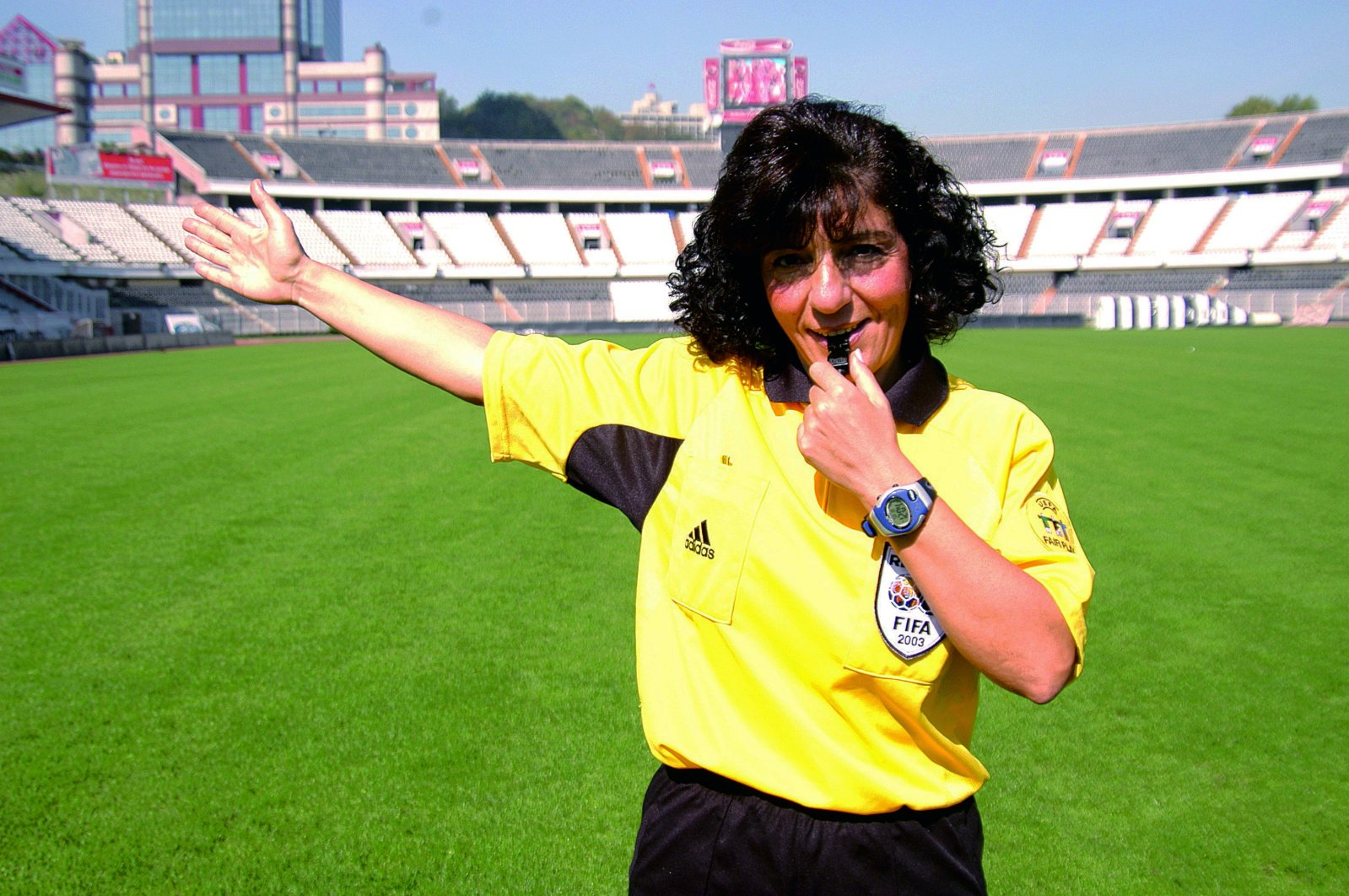 An undated photo of Lale Orta, Turkey's first female FIFA-listed referee, on a pitch in her FIFA uniform. (Sabah File Photo)
