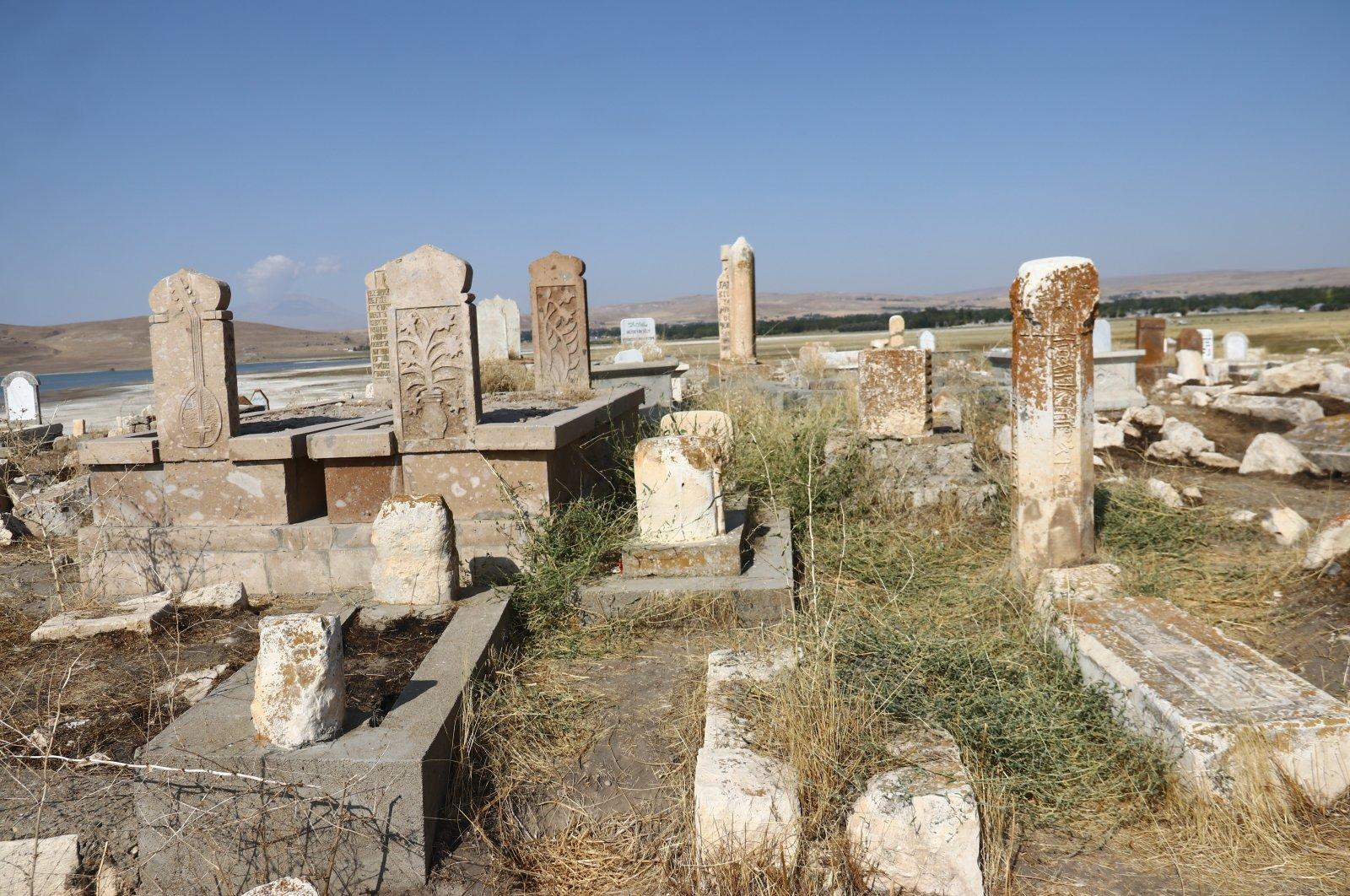 The Seljuk-Kara Koyunlu Cemetery, Van, eastern Turkey, Sept. 21, 2020. (AA PHOTO)