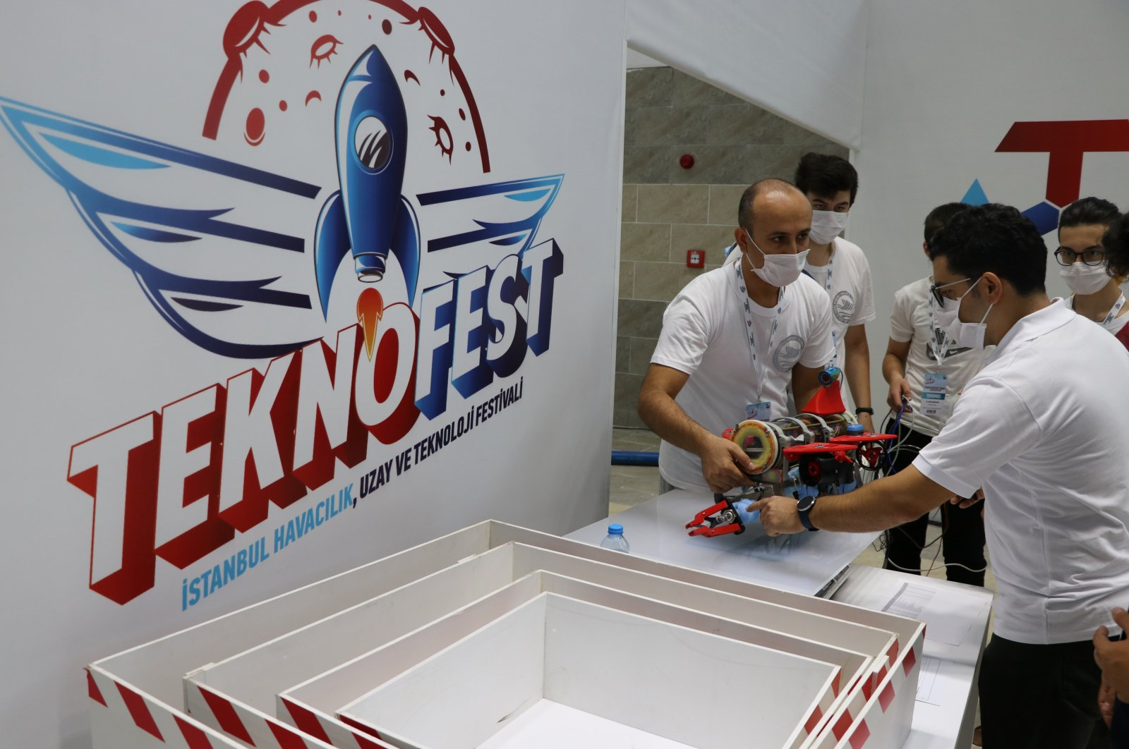 The unmanned submarine systems competition is held within the scope of Teknofest in Gaziantep's Olympic pool, Turkey, Sept. 23, 2020. (AA Photo)