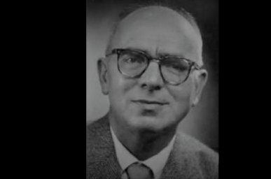 Ziyaeddin Fahri Fındıkoğlu completed his doctoral studies in the sociology department at France's University of Strasbourg in 1935.