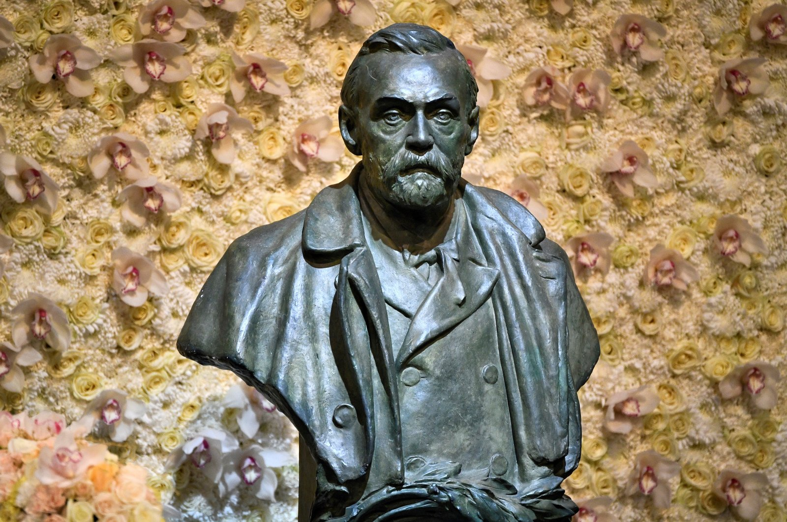 A bronze bust of Alfred Nobel is pictured before the Nobel Prize ceremony at Stockholm Concert Hall, in Stockholm, Sweden Dec. 10, 2019. (Reuters Photo)