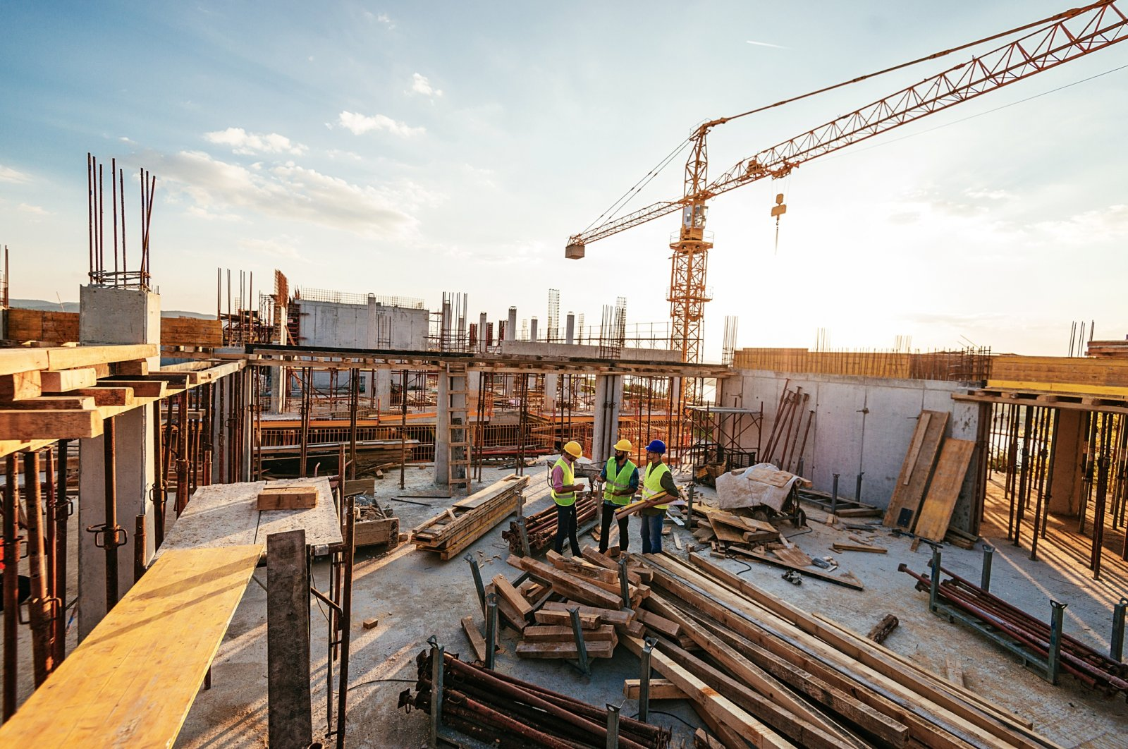Turkish contractors have undertaken over 10,000 projects, worth more than $400 billion, in some 127 countries so far. (iStock Photo)