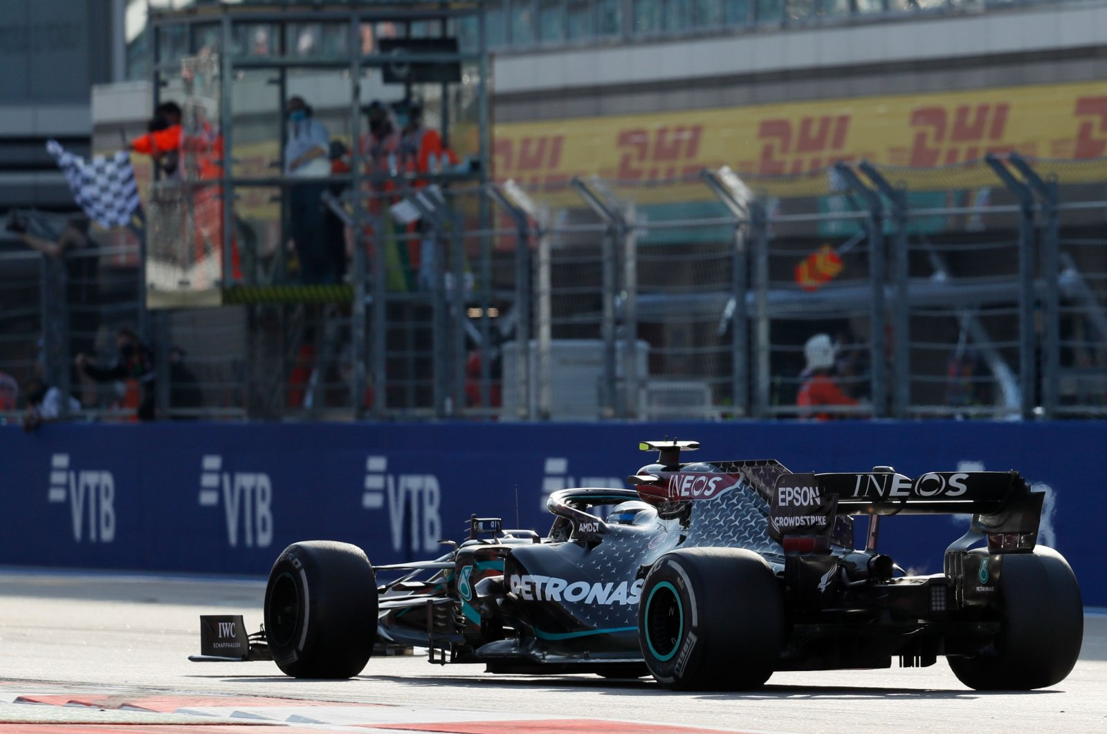 Valtteri Bottas takes the chequered flag to win the race in Sochi, Russia, Sept. 27, 2020. (AFP Photo)