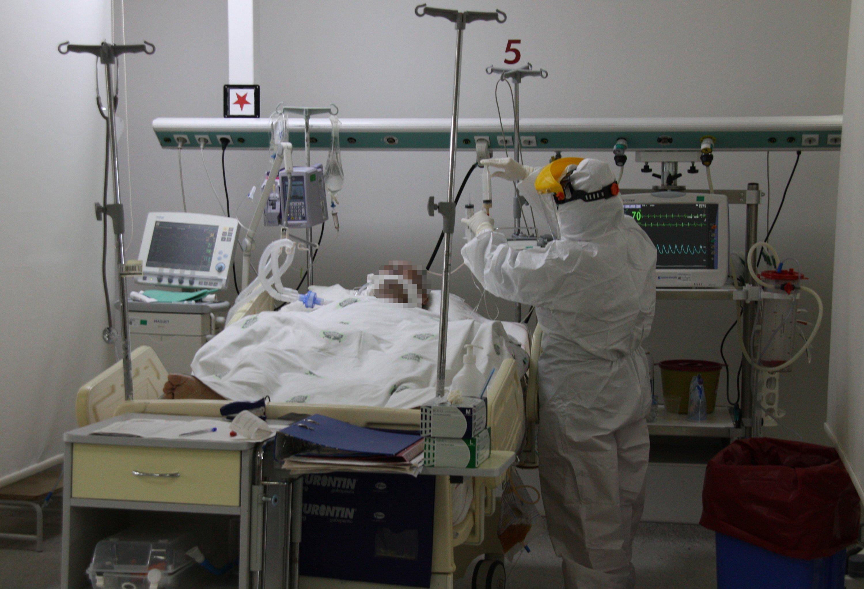 Türkiye'de koronavirüs bağışıklık oranı iyileşmeler artıyor thumbnail