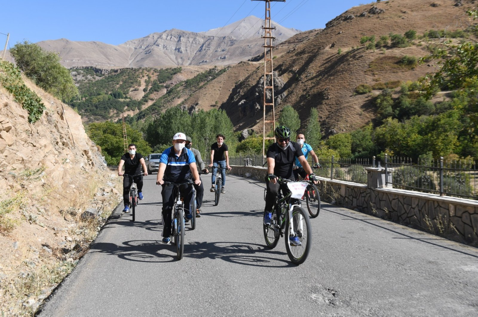 People ride bicycles for an event promoting healthier lifestyles, in Van, eastern Turkey, Sept. 28, 2020. (IHA Photo)