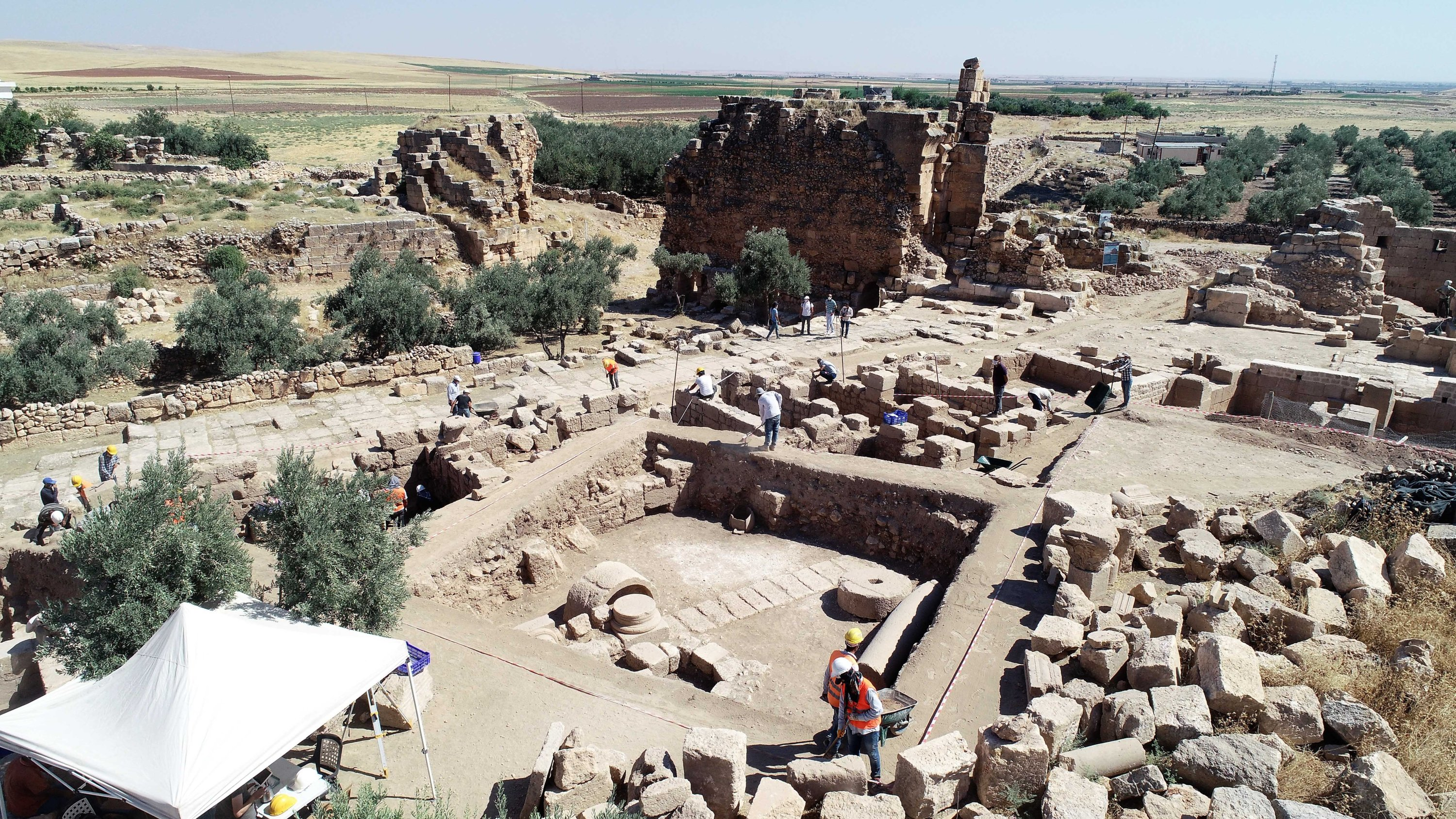 A general view from the ongoing works at the ancient city of Dara, Mardin, southern Turkey, Sept. 28, 2020. (DHA PHOTO)
