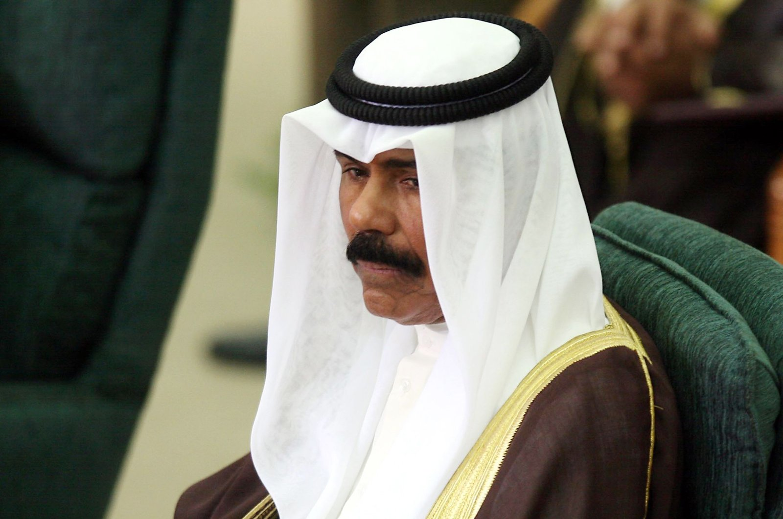 Kuwait's Crown Prince Sheikh Nawaf Al Ahmed Al Sabah attends the inaugural session of the new parliament, Kuwait City, May 31, 2009. (AFP Photo)