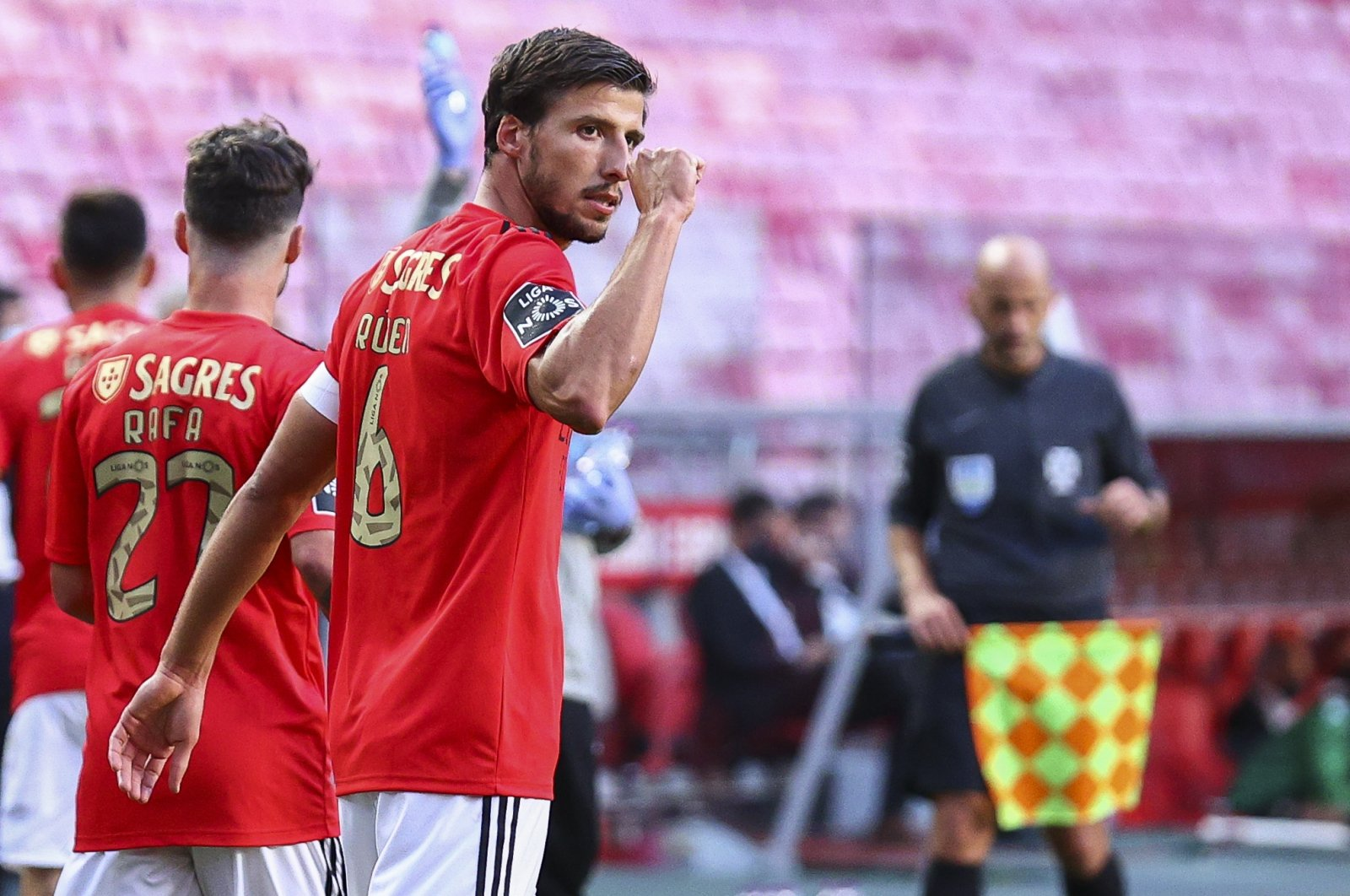 Ruben Dias reacts during a Primeira Liga match against Moreirense, in Lisbon, Portugal, Sept. 26, 2020. (Getty Images)