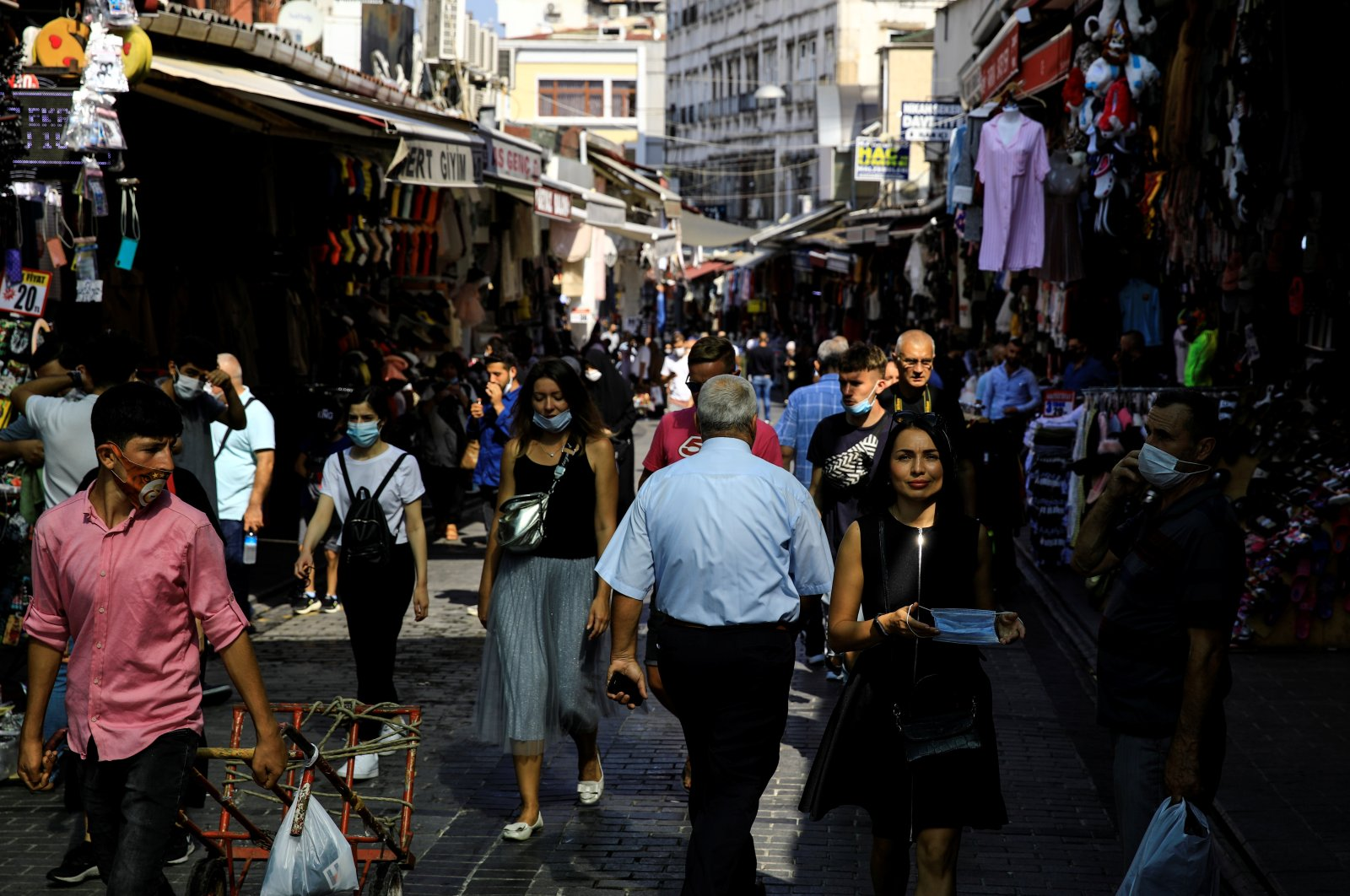 People shop in the Eminönü district in Istanbul, Turkey, Sept. 24, 2020. (Reuters Photo)