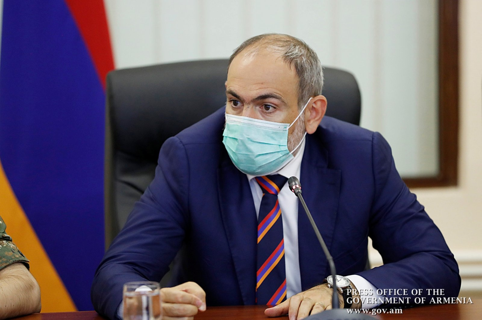 Armenian Prime Minister Nikol Pashinian meets with the country's military leadership following the clashes with the Azerbaijani Armed Forces over the  Nagorno-Karabakh region, Yerevan, Armenia, Sept. 27, 2020. (REUTERS Photo)