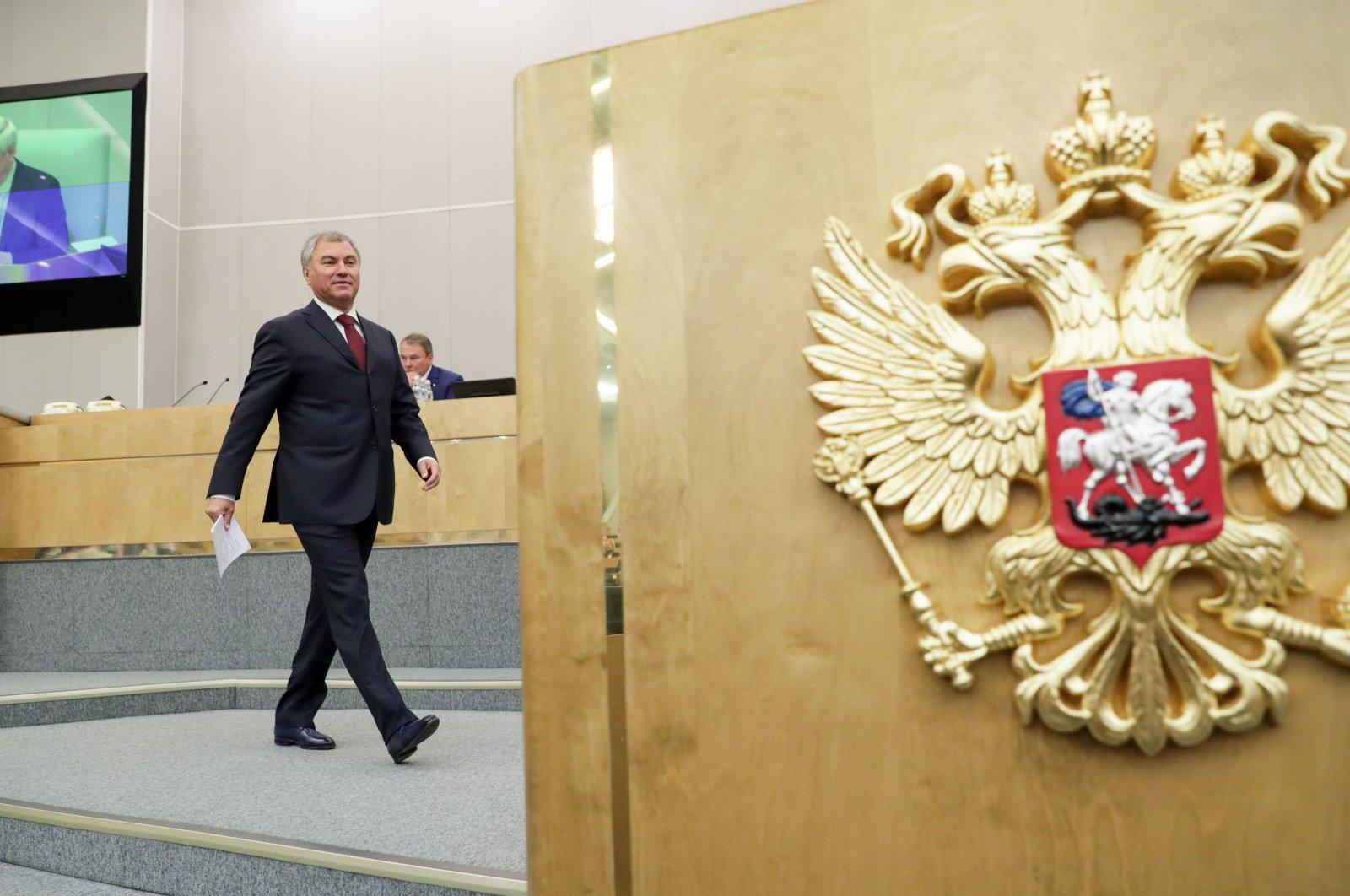 Russia's State Duma Speaker Vyacheslav Volodin walks toward the tribune to address deputies, Moscow, Sept. 15, 2020. (AFP Photo)