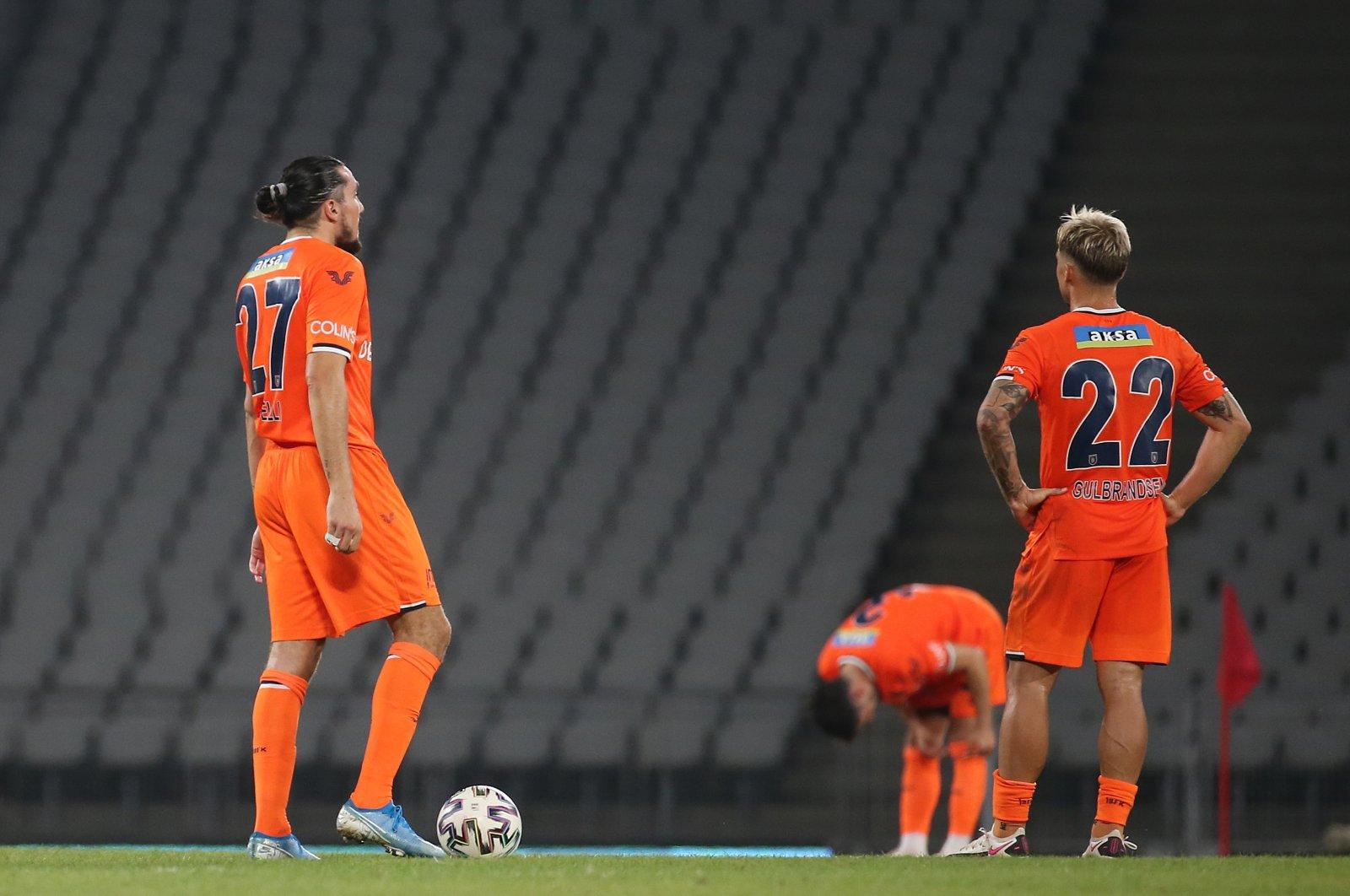 Başakşehir's Enzo Crivelli (L) and Fredrik Gulbrandsen react after a Süper Lig match against Fatih Karagümrük, in Istanbul, Turkey, Sept. 25, 2020. (AA Photo)
