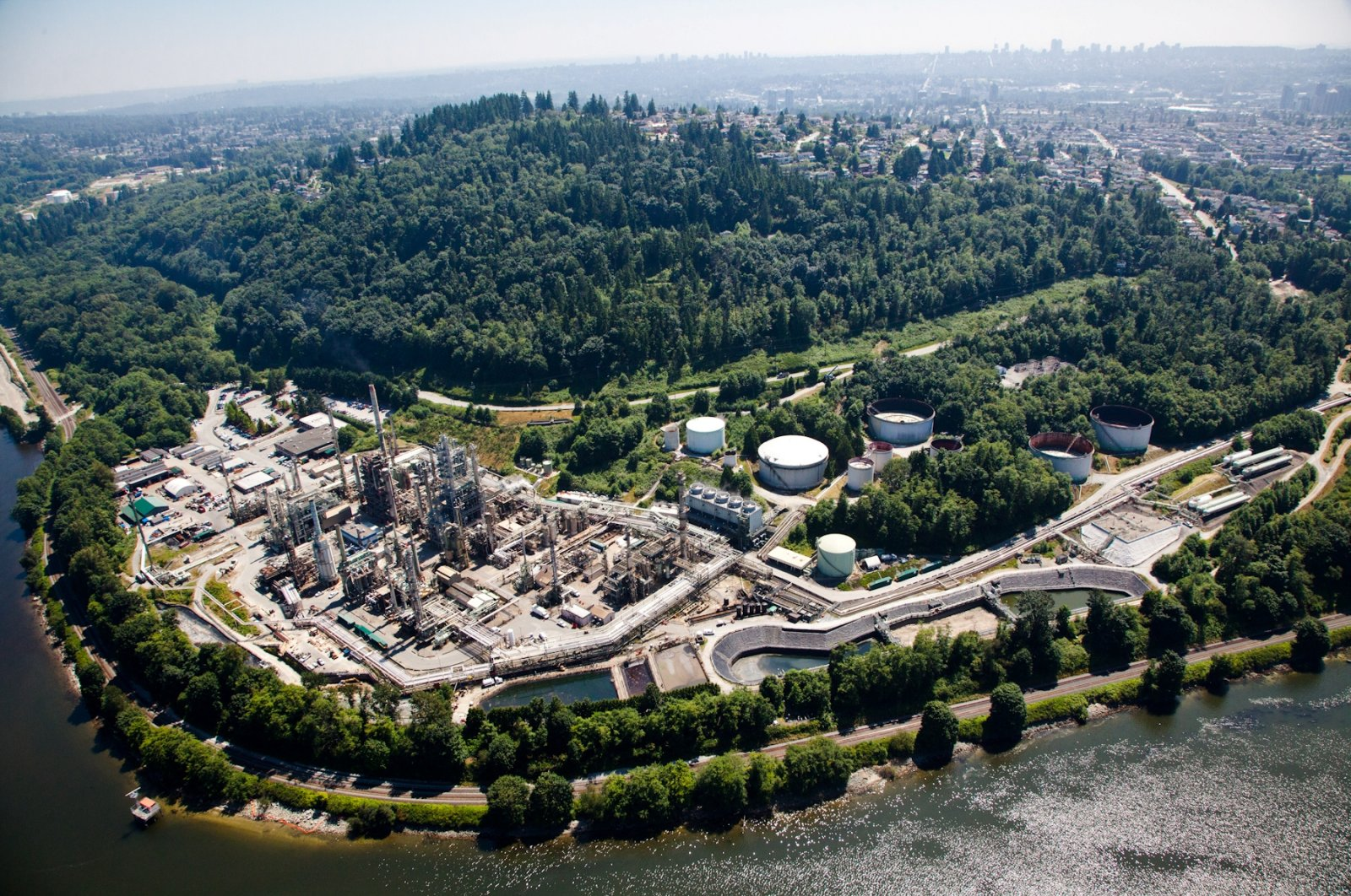 Parkland Corp's refinery, which includes production of renewable diesel, is seen in an undated aerial photograph in Burnaby, British Columbia, Canada. (Photo by Parkland Burnaby Refinery via Reuters )