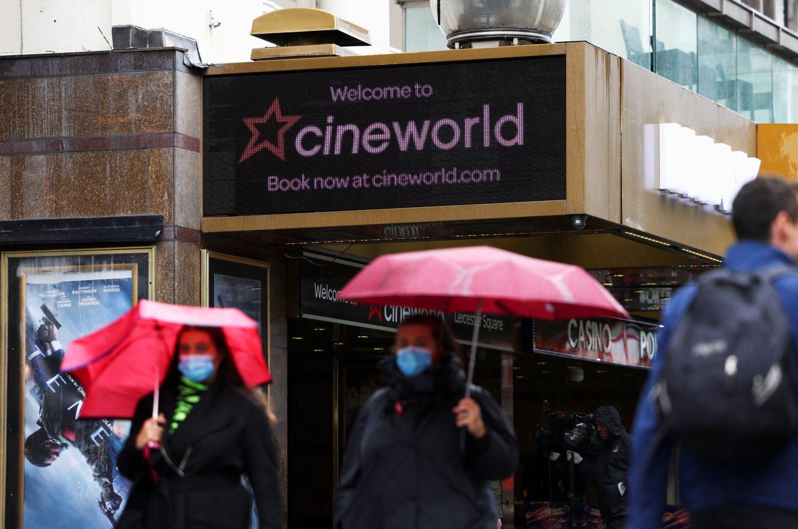 People walk past a Cineworld in Leicester's Square, amid the coronavirus disease (COVID-19) outbreak in London, Britain, Oct. 4, 2020. (Reuters Photo)