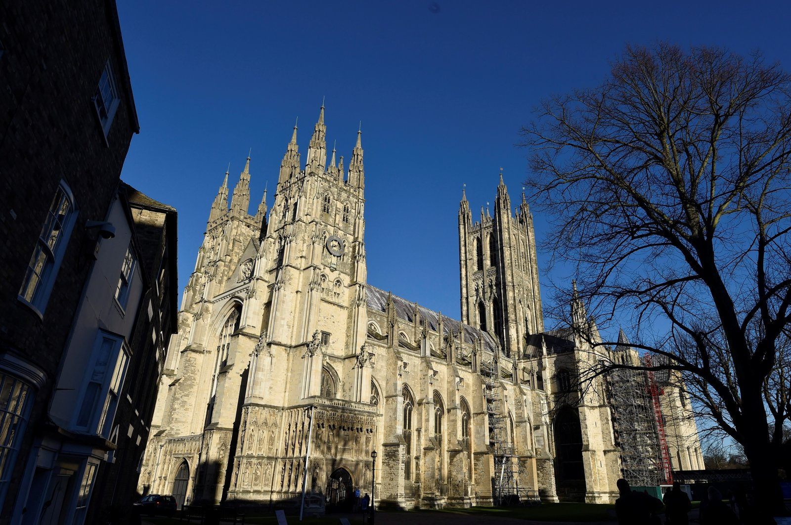 Canterbury Cathedral is seen in Canterbury, southern Britain, January 15, 2016. (Reuters Photo)