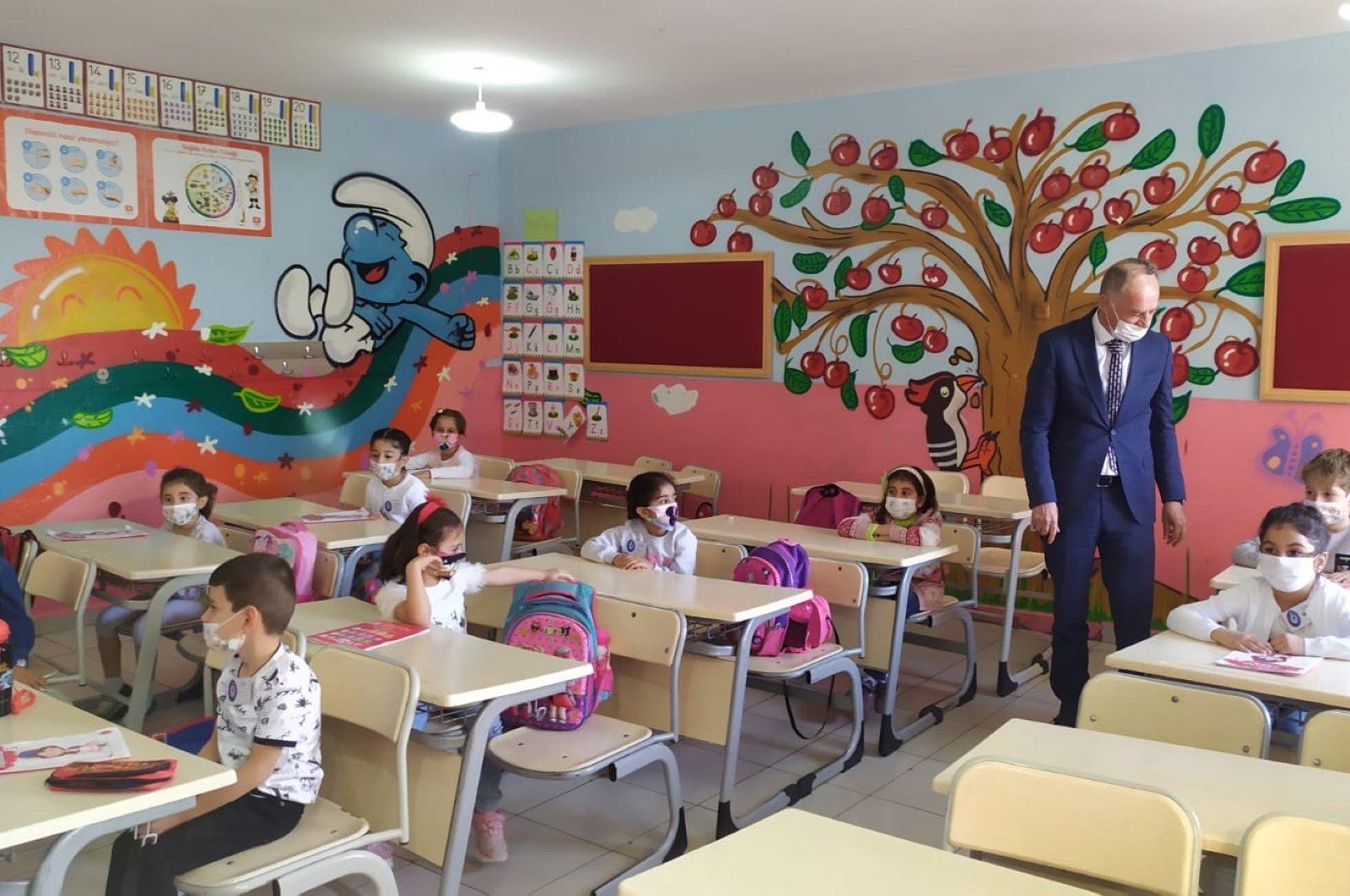 Children at a classroom in Mardin, southeastern Turkey, Oct. 12, 2020. (DHA Photo)