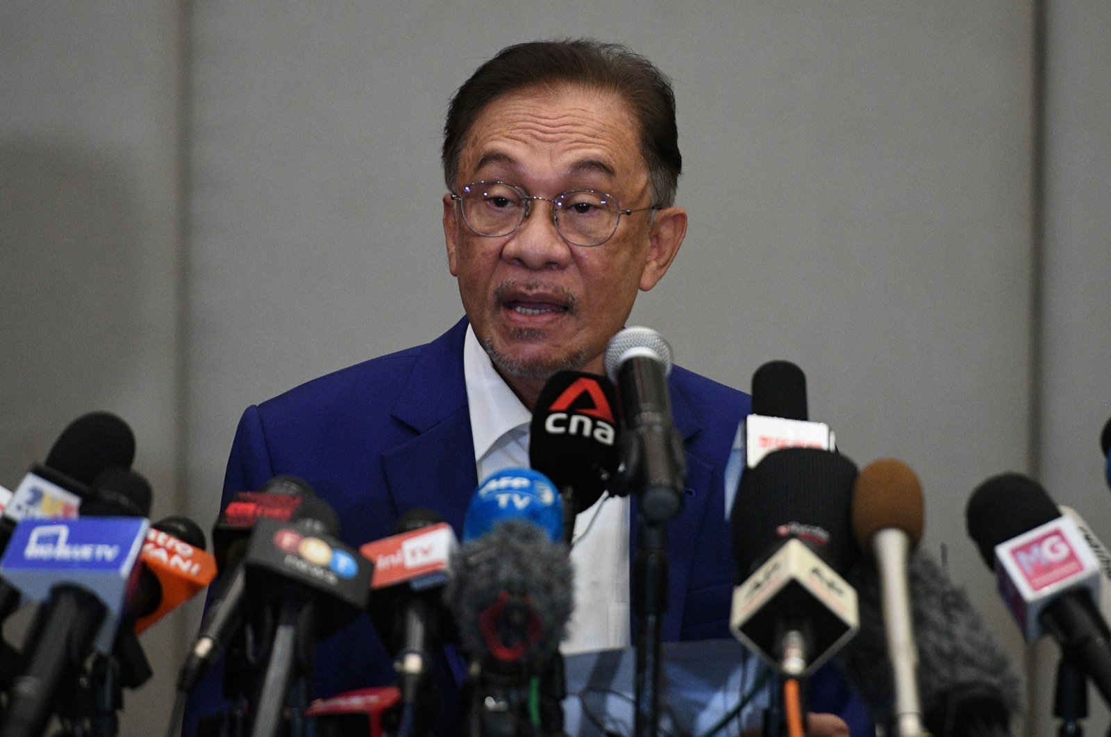 Malaysian opposition leader Anwar Ibrahim speaks at a news conference in Kuala Lumpur, Malaysia, Oct. 13, 2020. (AFP Photo)