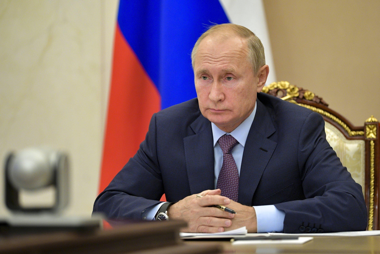Eu Sanctions Putin S Chef Over Poisoning Of Navalny Meddling In Libya S Civil War Daily Sabah
