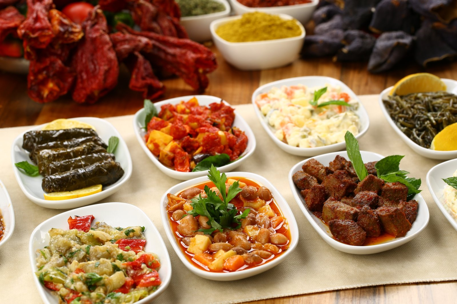 Mezes perfectly represent Turkish cuisine and food culture. (iStock Photo)
