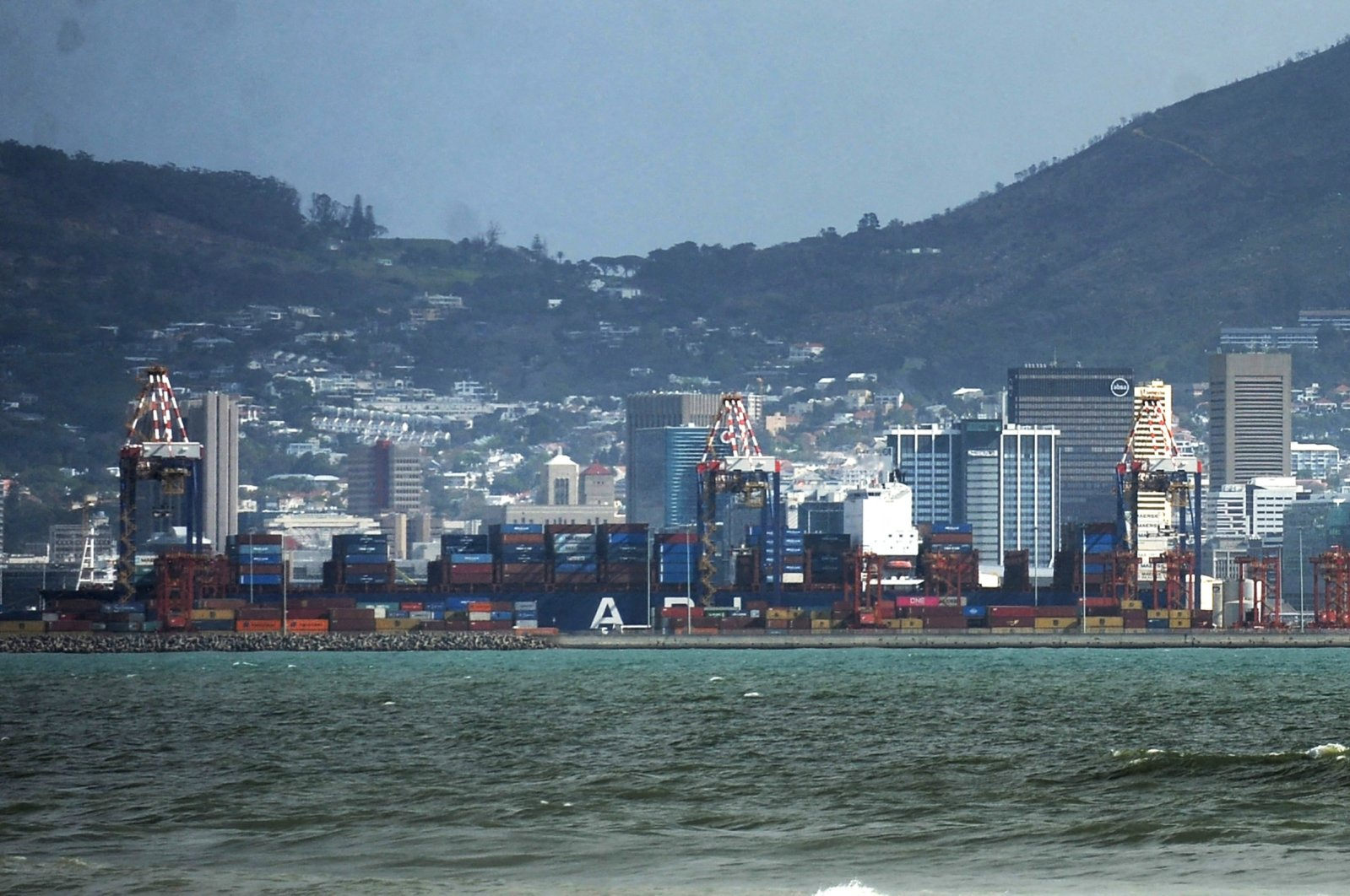 The Port of Cape Town seen amid the COVID-19 pandemic, South Africa, Aug. 11, 2020. (Reuters Photo)