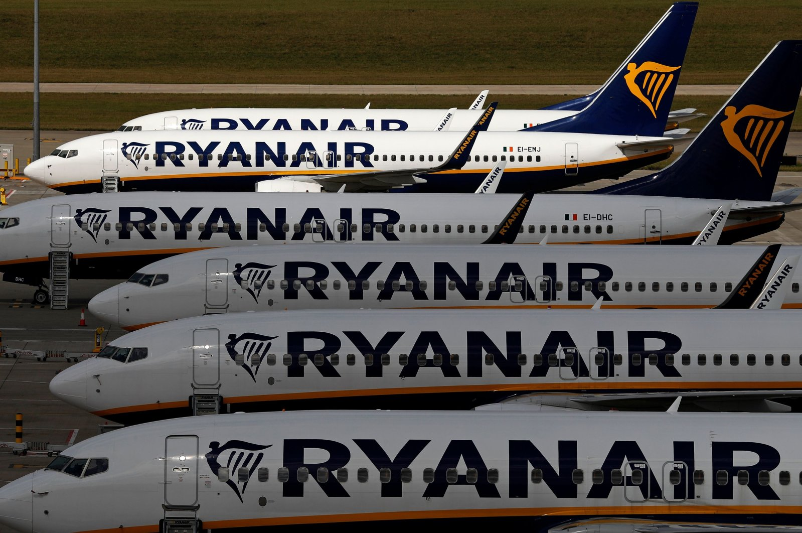 Ryanair aircraft are pictured at the Stansted airport, northeast of London, Aug. 20, 2020. (AFP Photo)