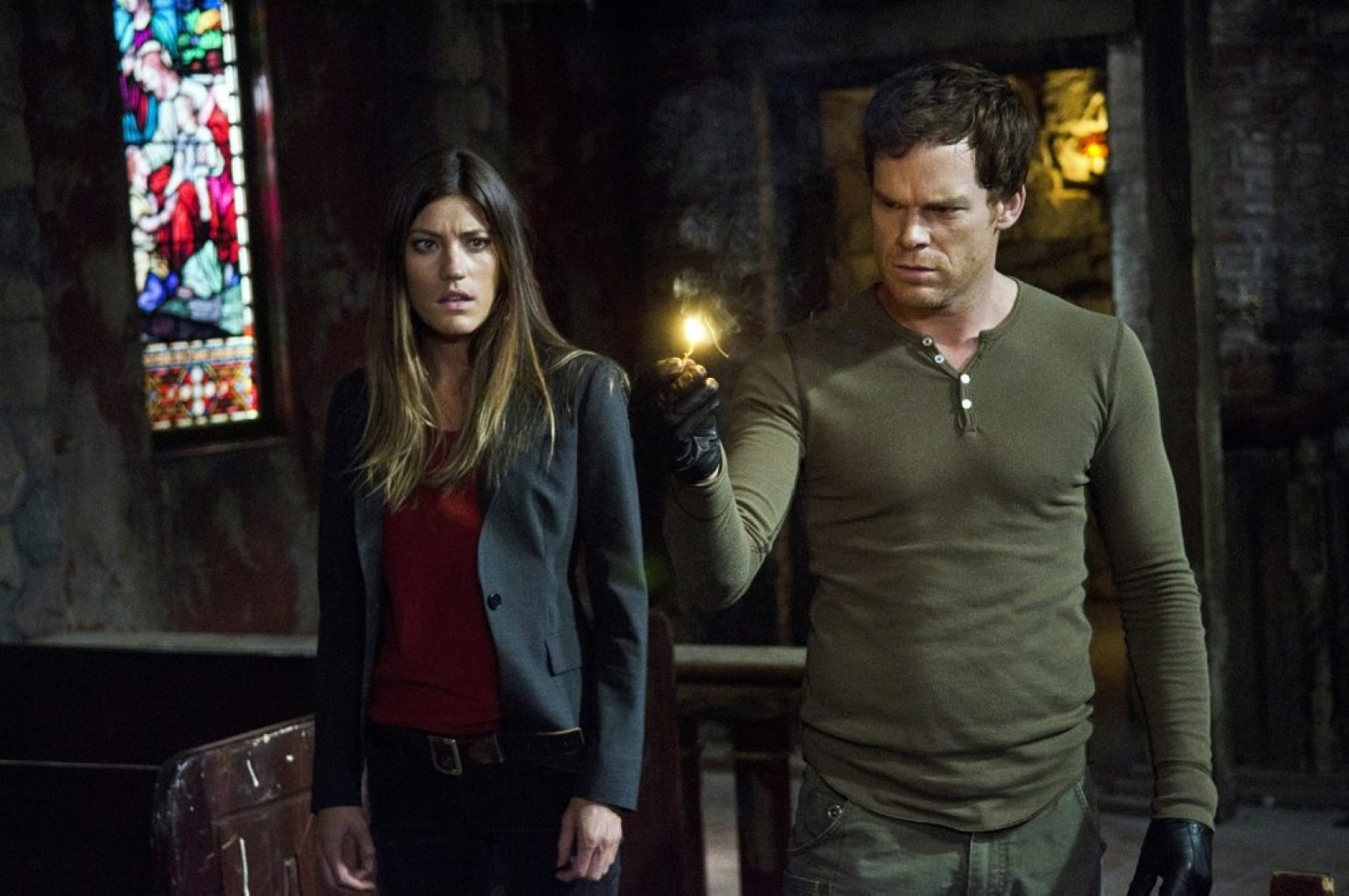 """In this publicity file photo provided by Showtime, Michael C. Hall (R), and Jennifer Carpenter are shown in a scene from """"Dexter."""" (AP Photo)"""