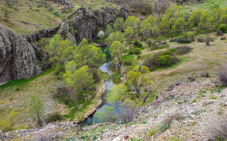 Une vue de la rivière Bayındır qui coule près du monastère d'Alicin.  (Photo par Argun Konuk)