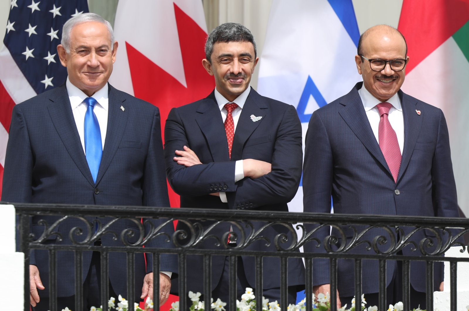 Israel Prime Minister Benjamin Netanyahu, United Arab Emirates Foreign Minister Abdullah bin Zayed Al Nahyan and Bahrain Foreign Minister Abdullatif bin Rashid Al Zayani watch during the Abraham Accords signing ceremony at the White House in Washington, D.C., Sep. 15, 2020. (Reuters Photo)