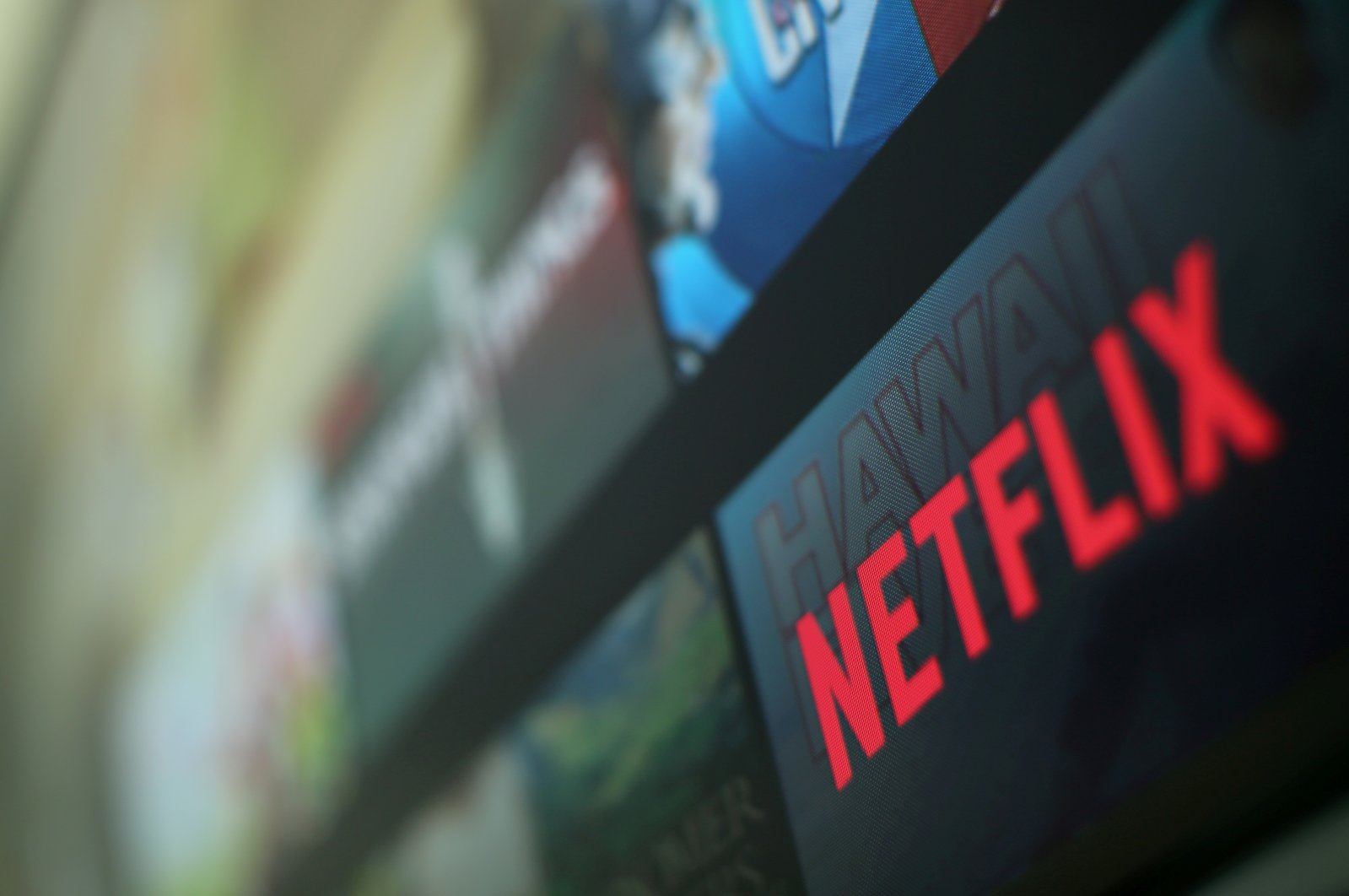 The Netflix logo is pictured on a television in this illustration photograph taken in Encinitas, California, U.S., Jan. 18, 2017. (Reuters Photo)