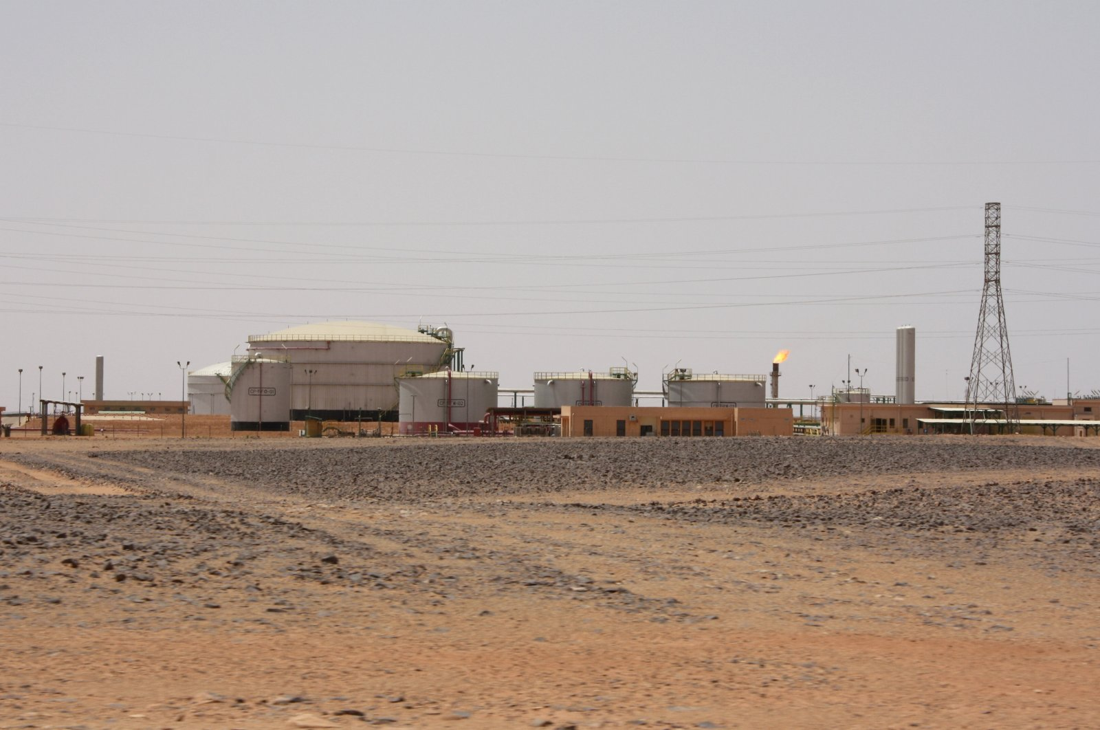 A view shows el Feel oil field near Murzuq, Libya, July 6, 2017. (Reuters Photo)