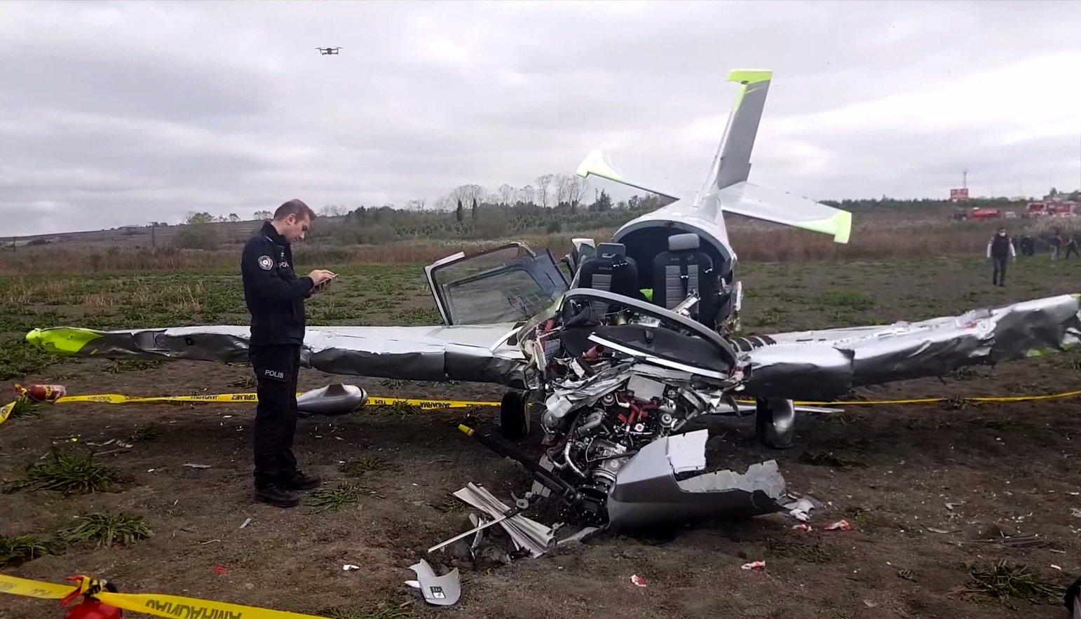 Training plane crashes in Istanbul's Büyükçekmece