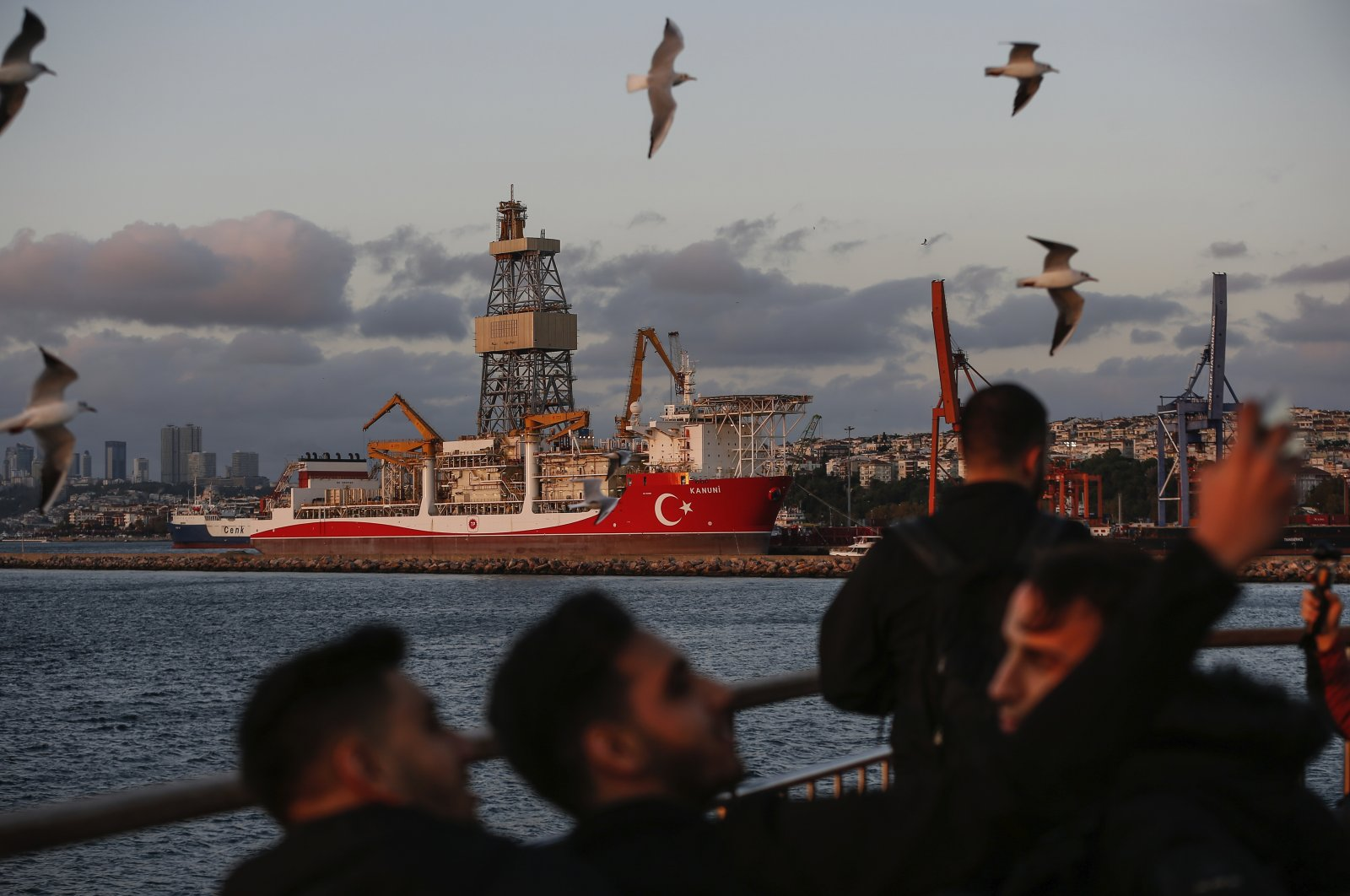 Turkish drilling ship Kanuni is seen docked for maintenance before heading to the Black Sea for drilling operations, at the port of Haydarpaşa in Istanbul, Turkey, Oct. 21, 2020. (AP Photo)