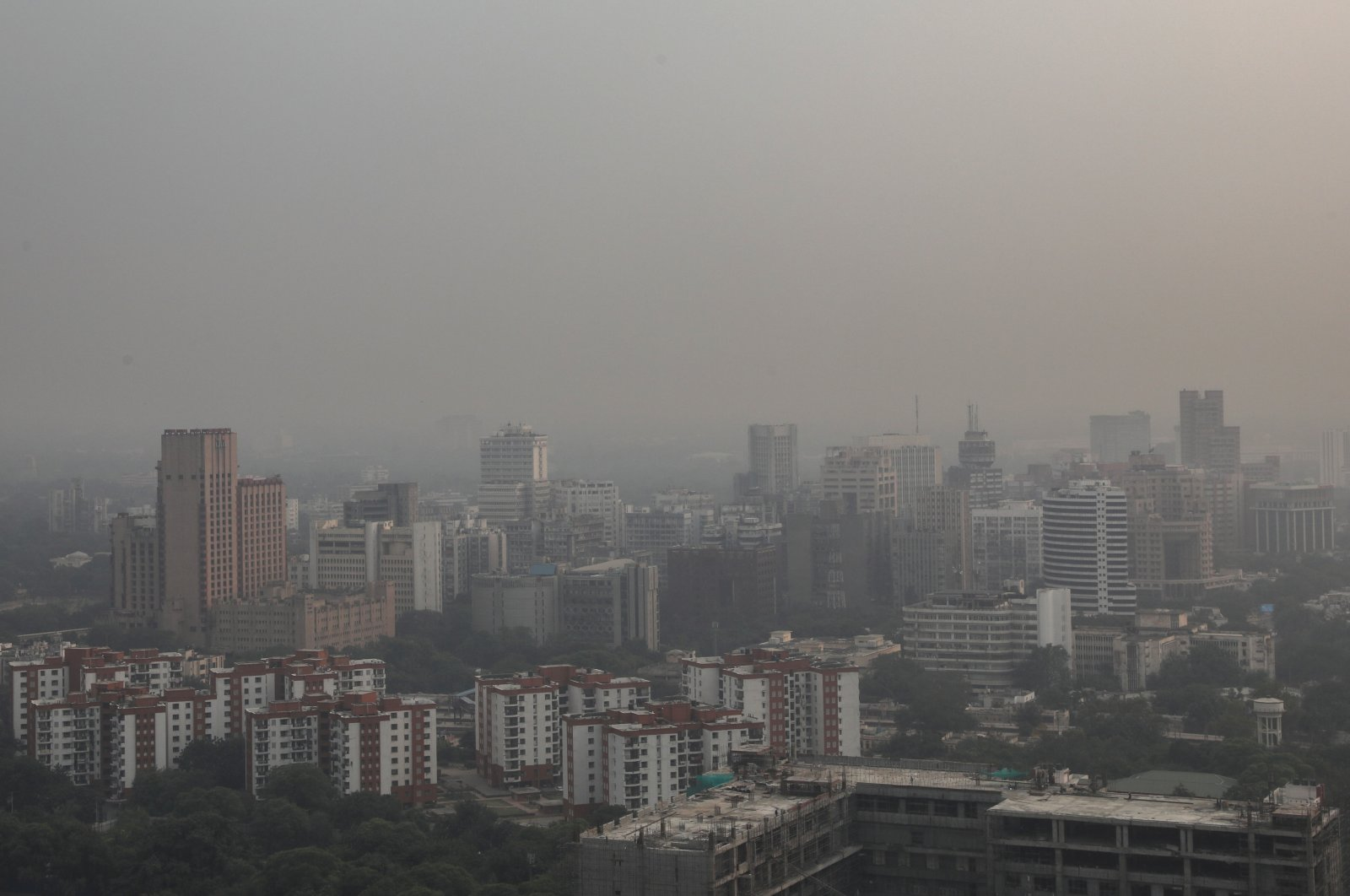 Delhi engulfed in heavy smog, Oct. 22, 2020. (EPA Photo)