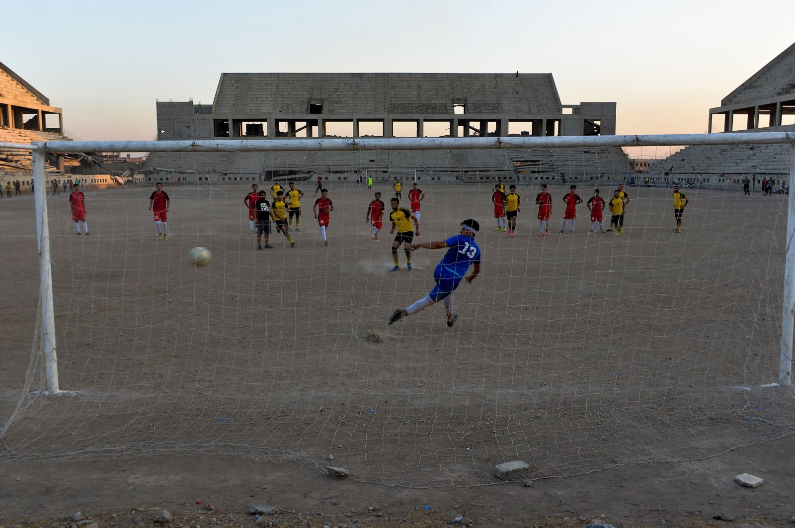 Players of al-Mosul FC practice at the stadium, in Mosul, Iraq, Oct. 22, 2020. (AFP Photo)