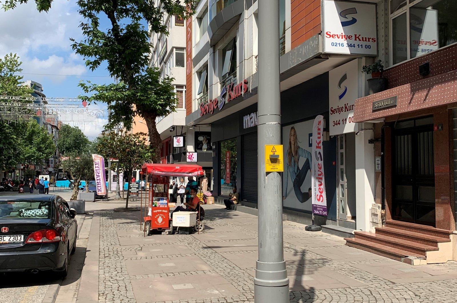 Enerjisa's new system warns about leaks in electric poles, Ümraniye district, Istanbul. (Enerjisa via AA)