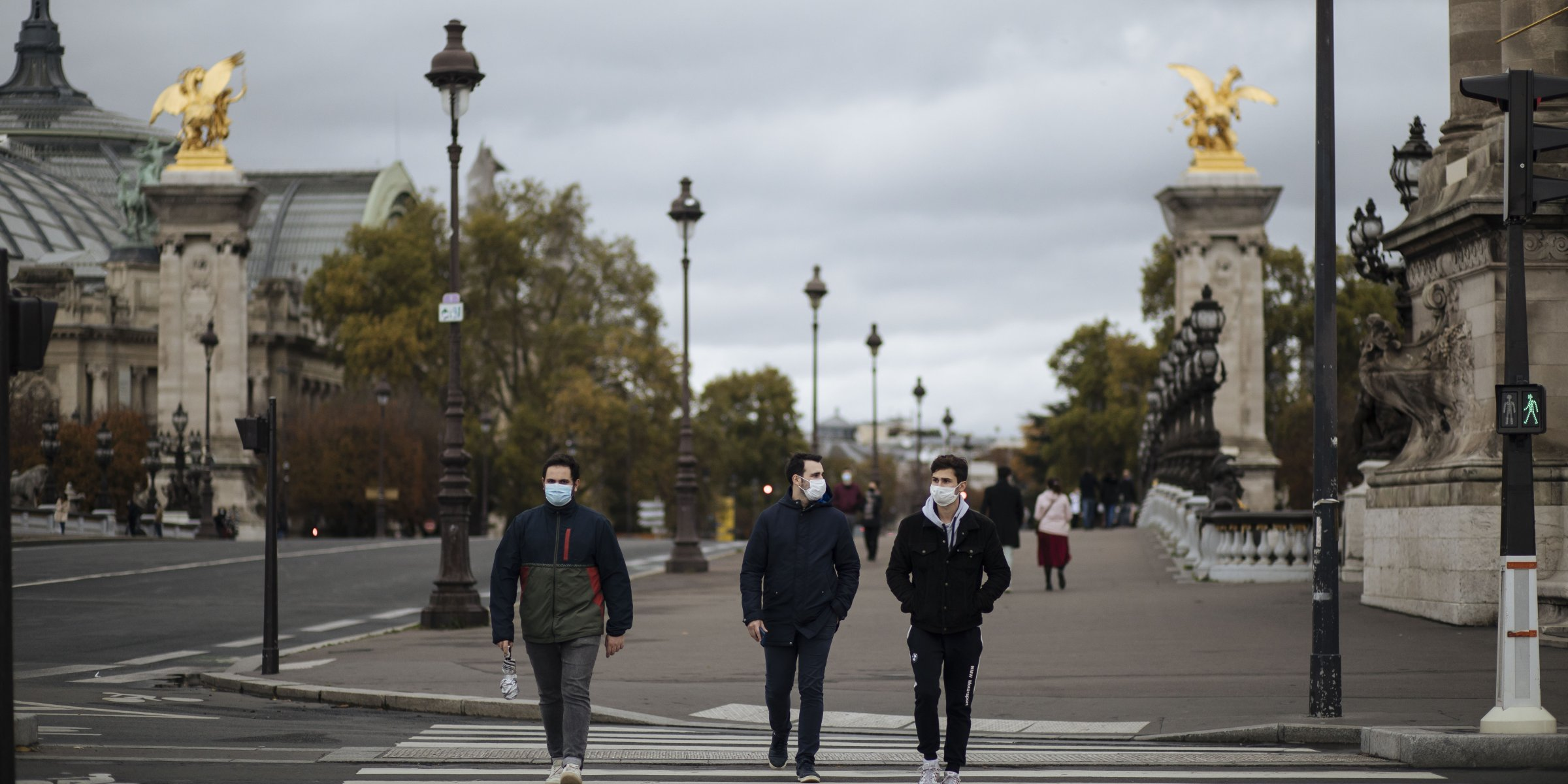 France's daily COVID-19 cases expected to hit 100,000