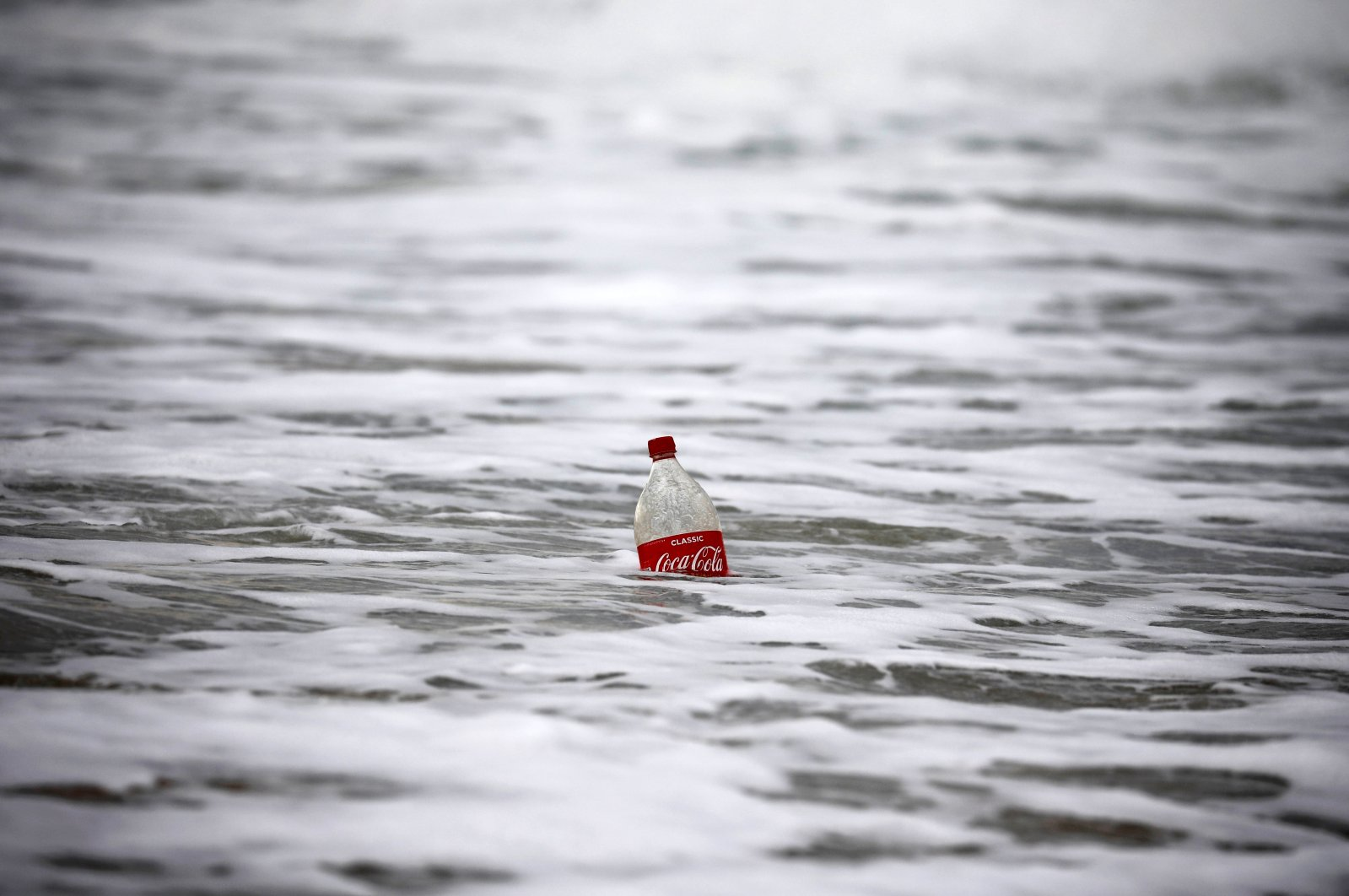 A plastic bottle floats in the Mediterranean Sea, at Zikim beach near the southern city of Ashkelon, Israel, Feb. 10, 2019. (REUTERS Photo)