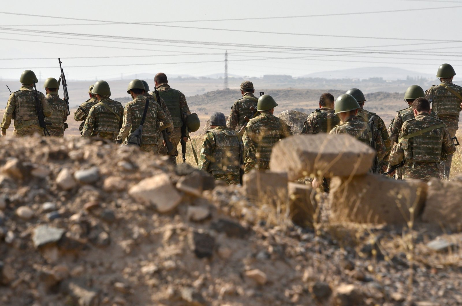 Armenian forces undergo military training before leaving for the frontline in Nagorno-Karabakh, at a range in Armenia's Armavir region, Oct. 27, 2020. (AFP Photo)